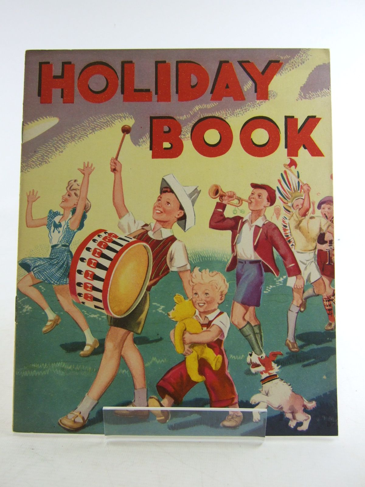 Photo of HOLIDAY BOOK published by Wm. Collins Sons & Co. Ltd. (STOCK CODE: 1806559)  for sale by Stella & Rose's Books