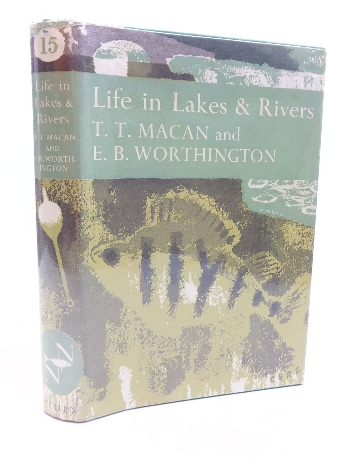 Photo of LIFE IN LAKES AND RIVERS (NN 15) written by Macan, T.T.<br />Worthington, E.B. published by Collins (STOCK CODE: 1807229)  for sale by Stella & Rose's Books