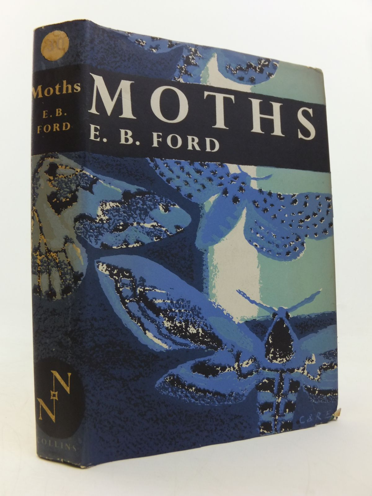 Photo of MOTHS (NN 30) written by Ford, E.B. published by Collins (STOCK CODE: 1808728)  for sale by Stella & Rose's Books