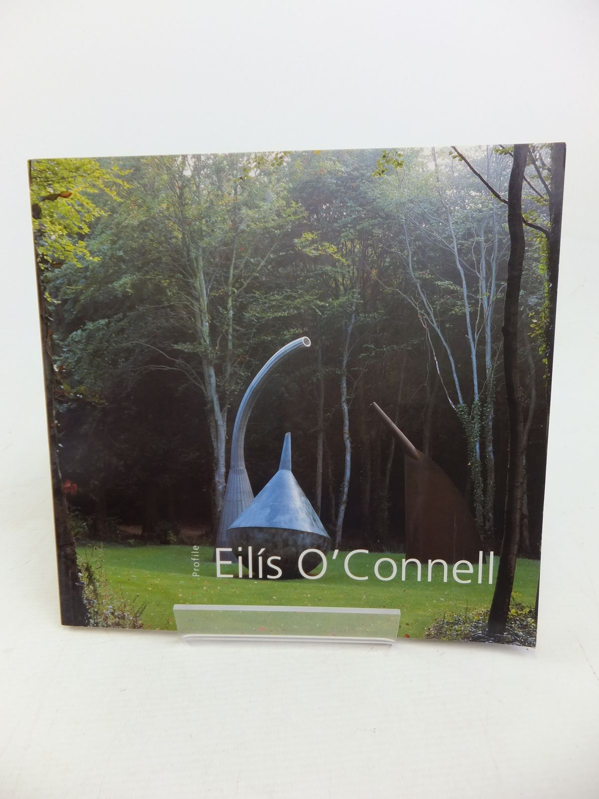 Photo of EILIS O'CONNELL (PROFILES) written by Ruane, Medb<br />Leith, Caoimhin Mac Giolla illustrated by O'Connell, Eilis published by Gandon Editions (STOCK CODE: 1810913)  for sale by Stella & Rose's Books