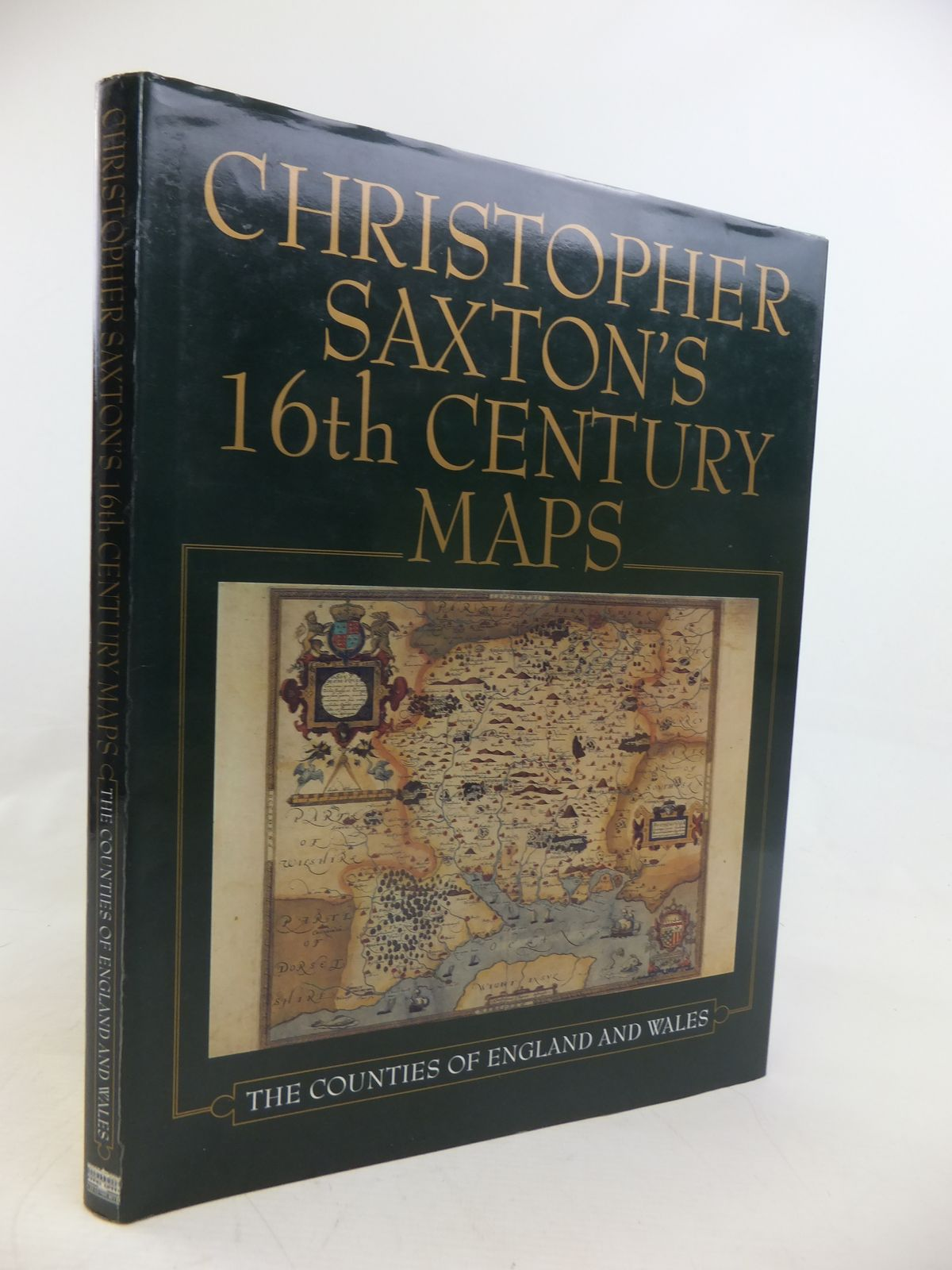 Photo of CHRISTOPHER SAXTON'S 16TH CENTURY MAPS: THE COUNTIES OF ENGLAND & WALES written by Saxton, Christopher<br />Ravenhill, William illustrated by Saxton, Christopher published by Chatsworth (STOCK CODE: 1811030)  for sale by Stella & Rose's Books