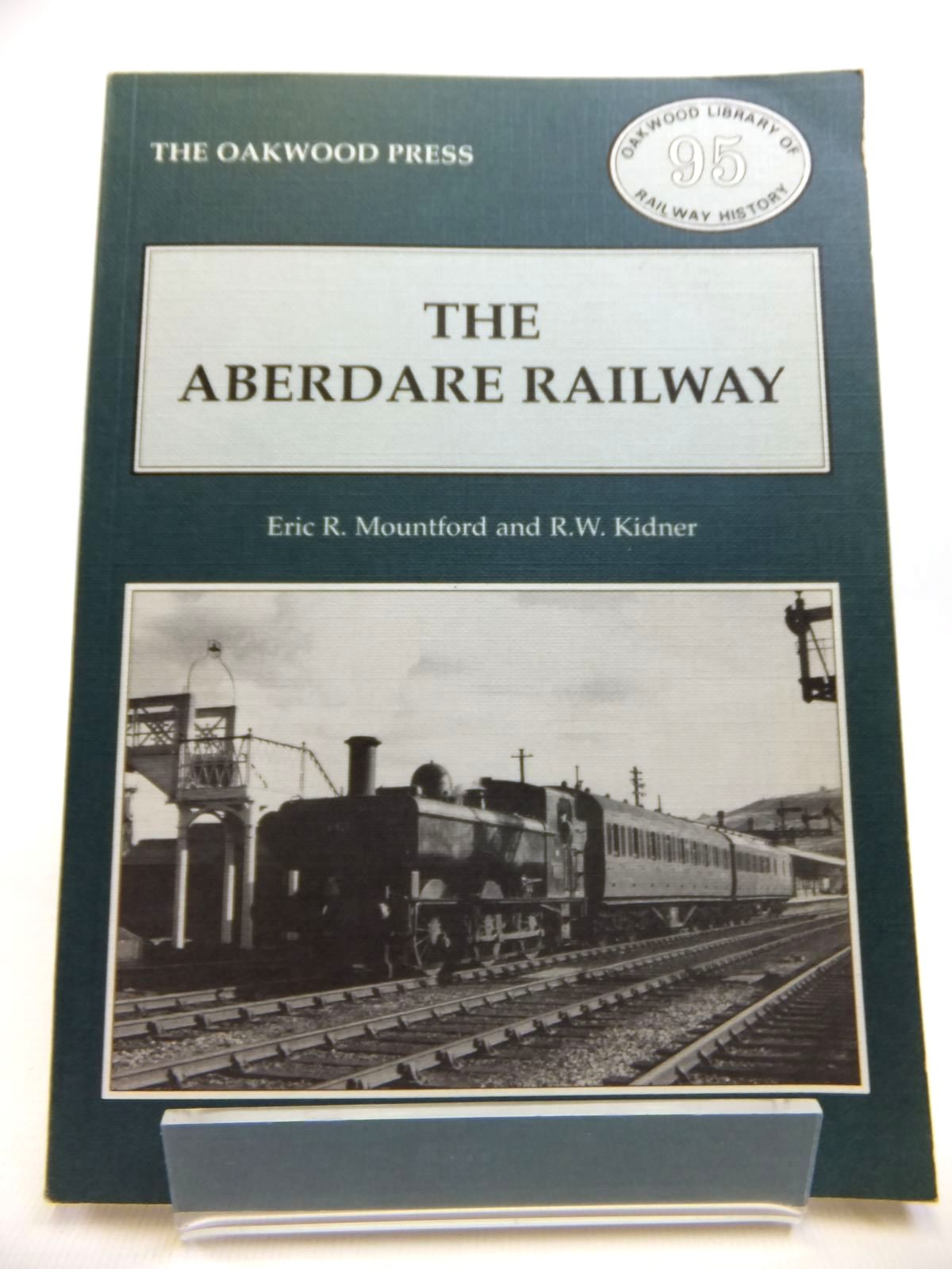 Photo of THE ABERDARE RAILWAY written by Mountford, Eric R.<br />Kidner, R.W. published by The Oakwood Press (STOCK CODE: 1811967)  for sale by Stella & Rose's Books