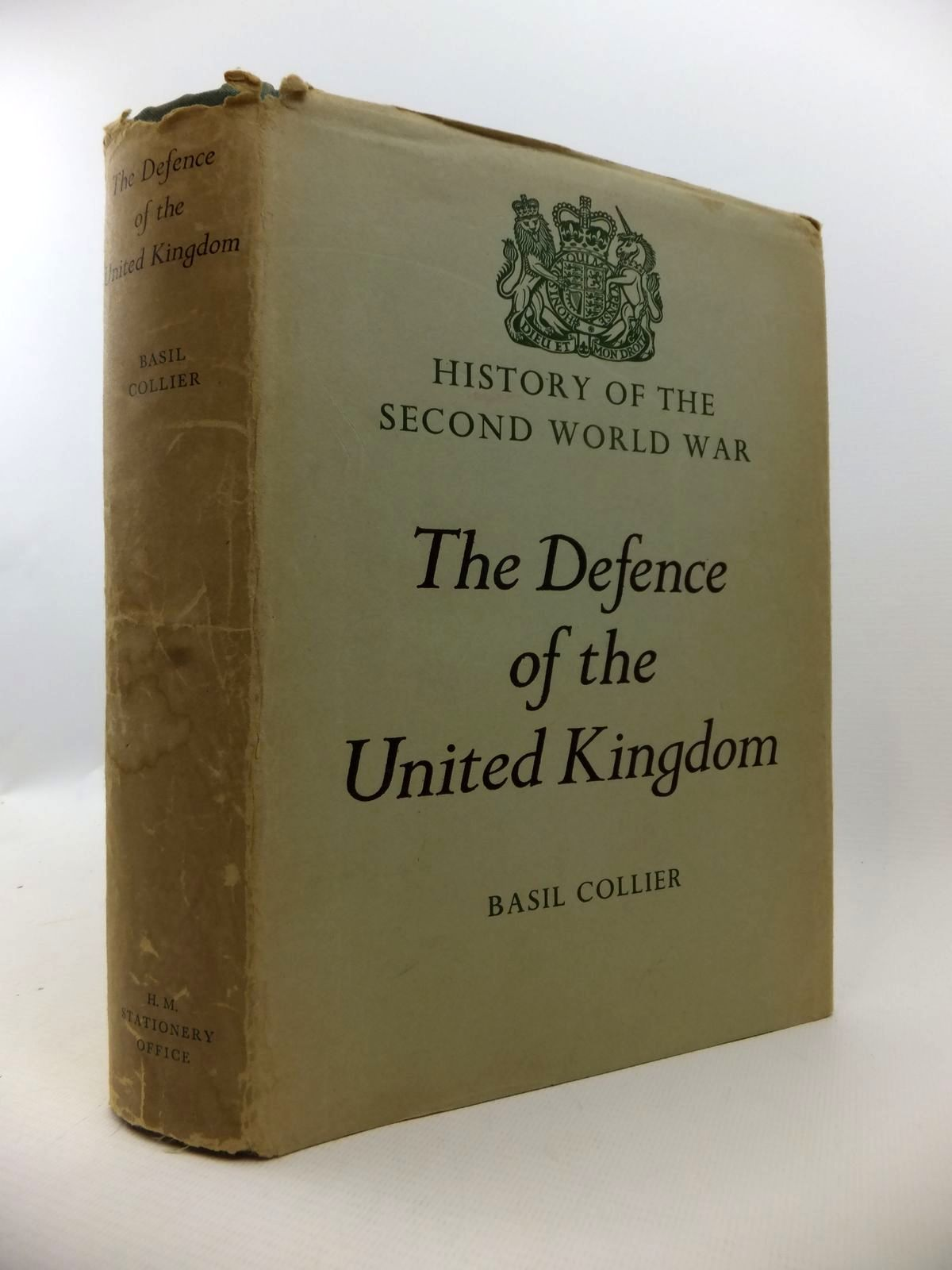 Photo of THE DEFENCE OF THE UNITED KINGDOM written by Collier, Basil published by Her Majesty's Stationery Office (STOCK CODE: 1812905)  for sale by Stella & Rose's Books
