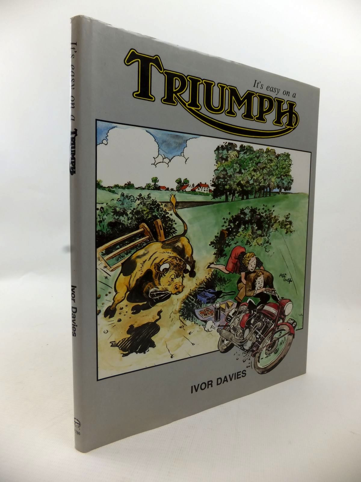 Photo of IT'S EASY ON A TRIUMPH written by Davies, Ivor published by Foulis, Haynes (STOCK CODE: 1813406)  for sale by Stella & Rose's Books