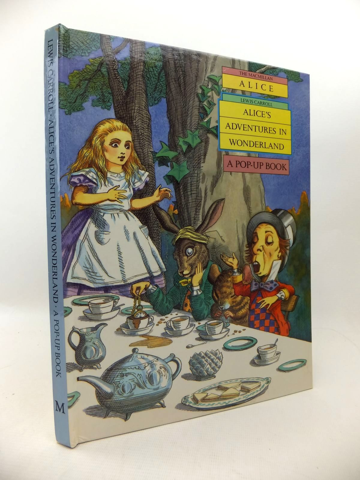 Photo of ALICE'S ADVENTURES IN WONDERLAND written by Carroll, Lewis illustrated by Thorne, Jenny published by Macmillan Children's Books (STOCK CODE: 1813757)  for sale by Stella & Rose's Books