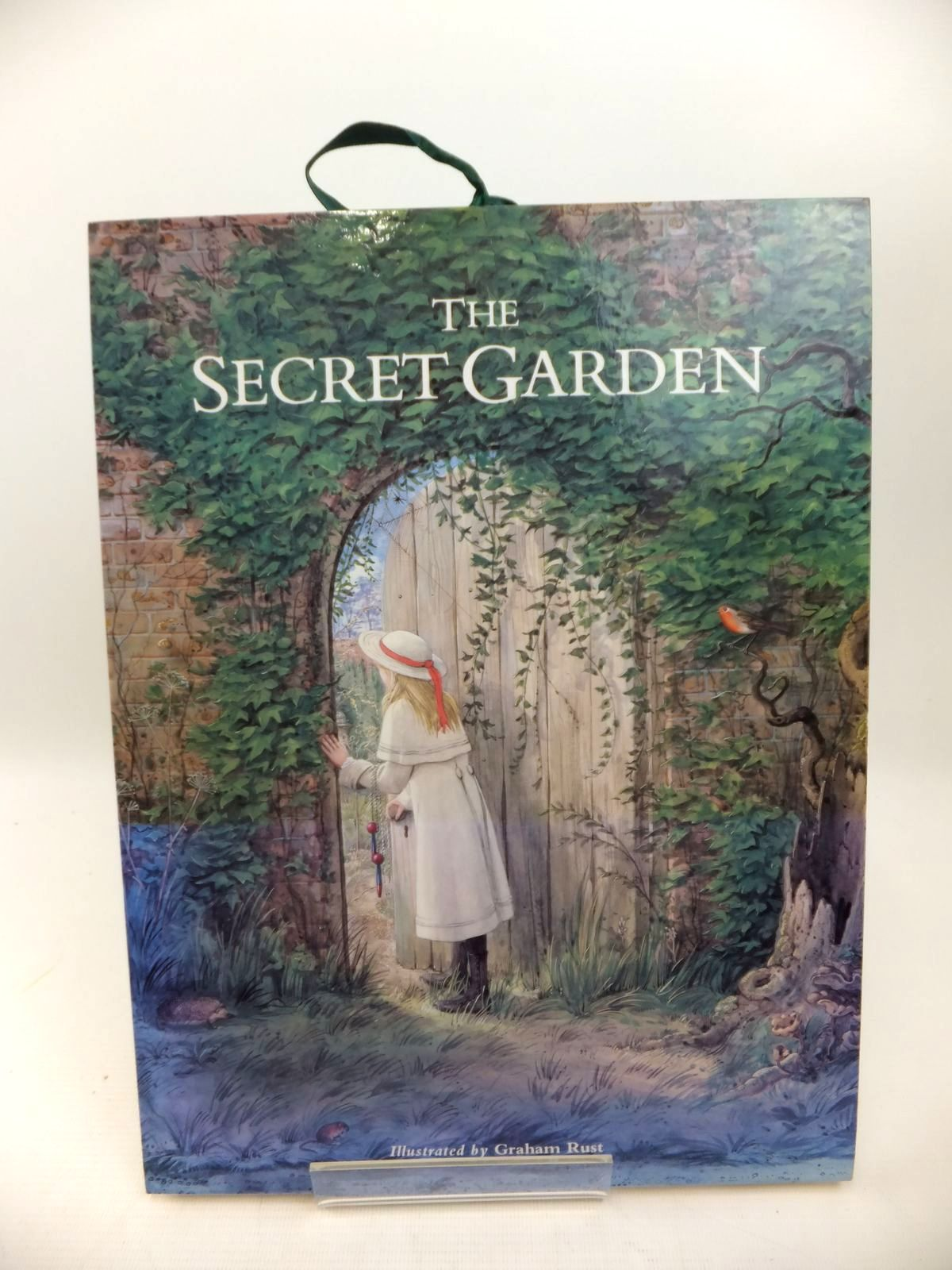 Photo of THE SECRET GARDEN illustrated by Rust, Graham published by Past Times (STOCK CODE: 1813760)  for sale by Stella & Rose's Books