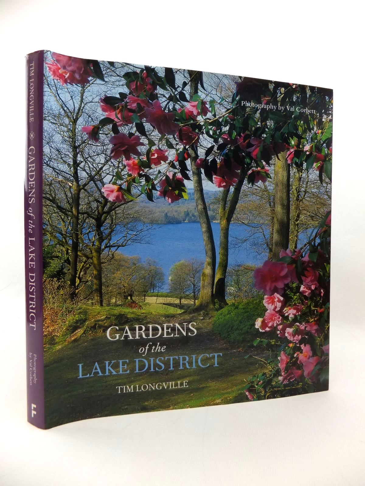 Photo of GARDENS OF THE LAKE DISTRICT written by Longville, Tim illustrated by Corbett, Val published by Frances Lincoln (STOCK CODE: 1814459)  for sale by Stella & Rose's Books
