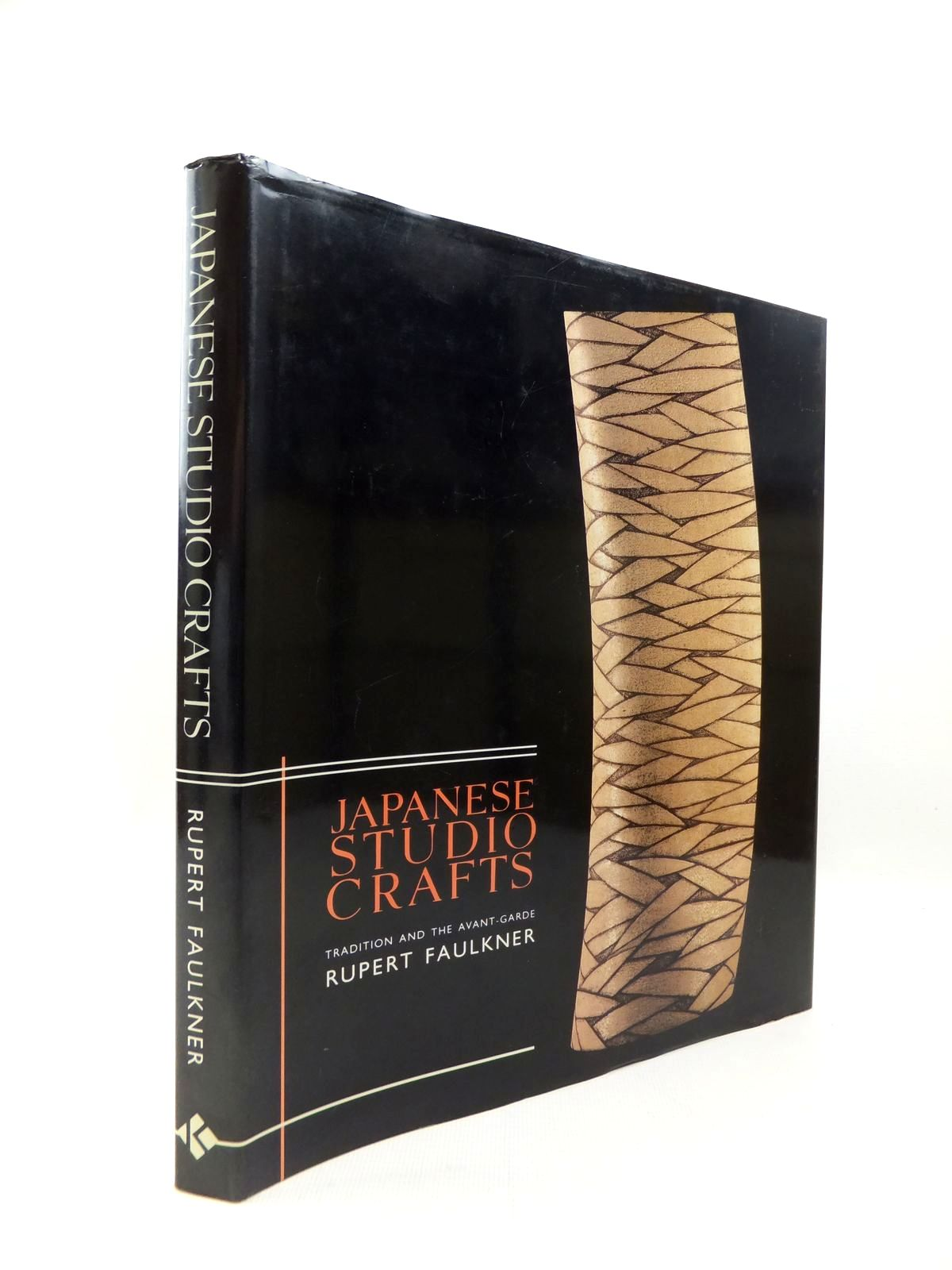 Photo of JAPANESE STUDIO CRAFTS: TRADITION AND THE AVANT-GARDE written by Faulkner, Rupert published by Laurence King Publishing (STOCK CODE: 1814504)  for sale by Stella & Rose's Books