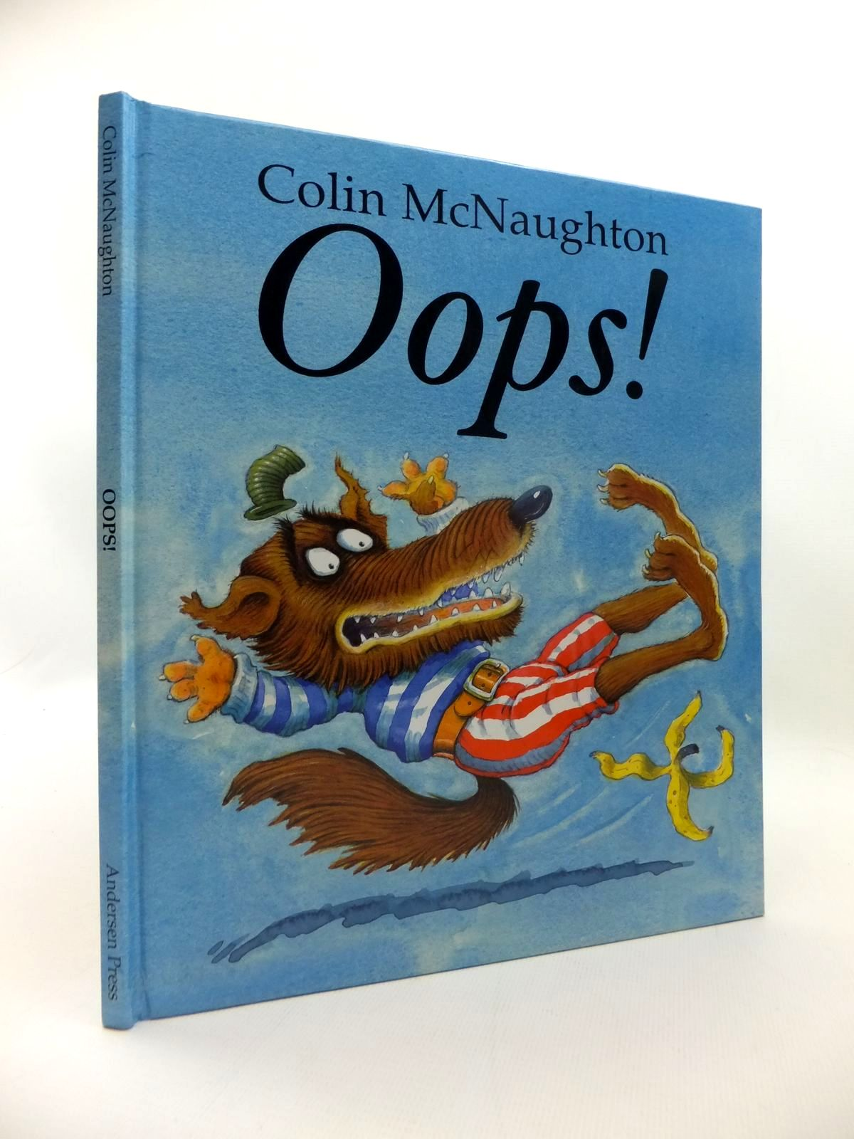 Photo of OOPS! written by McNaughton, Colin illustrated by McNaughton, Colin published by Andersen Press (STOCK CODE: 1814630)  for sale by Stella & Rose's Books