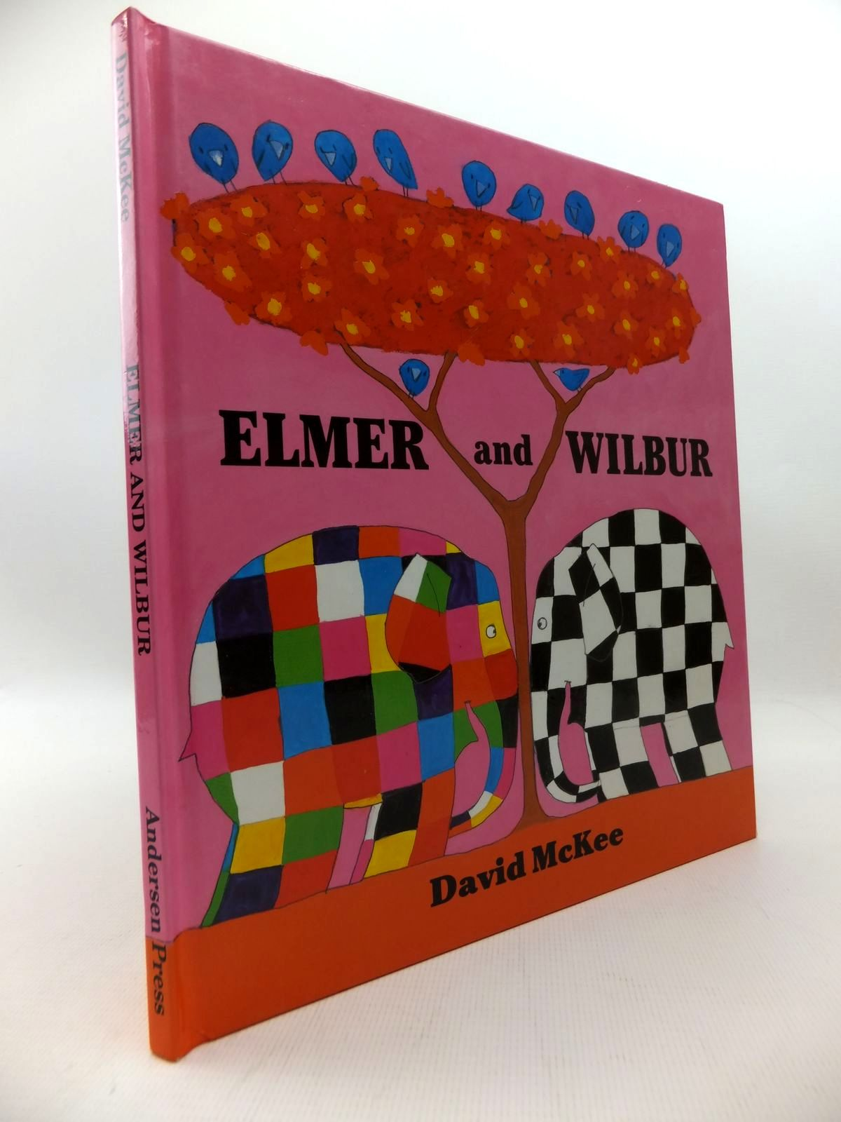 Photo of ELMER AND WILBUR written by McKee, David illustrated by McKee, David published by Anderson Press (STOCK CODE: 1814642)  for sale by Stella & Rose's Books