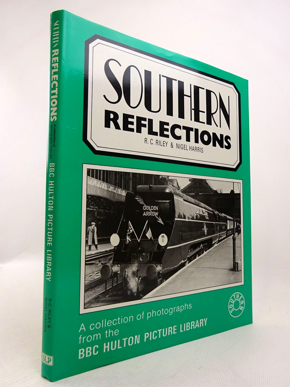 Photo of SOUTHERN REFLECTIONS written by Riley, R.C.<br />Harris, Nigel published by Silver Link Publishing (STOCK CODE: 1817089)  for sale by Stella & Rose's Books