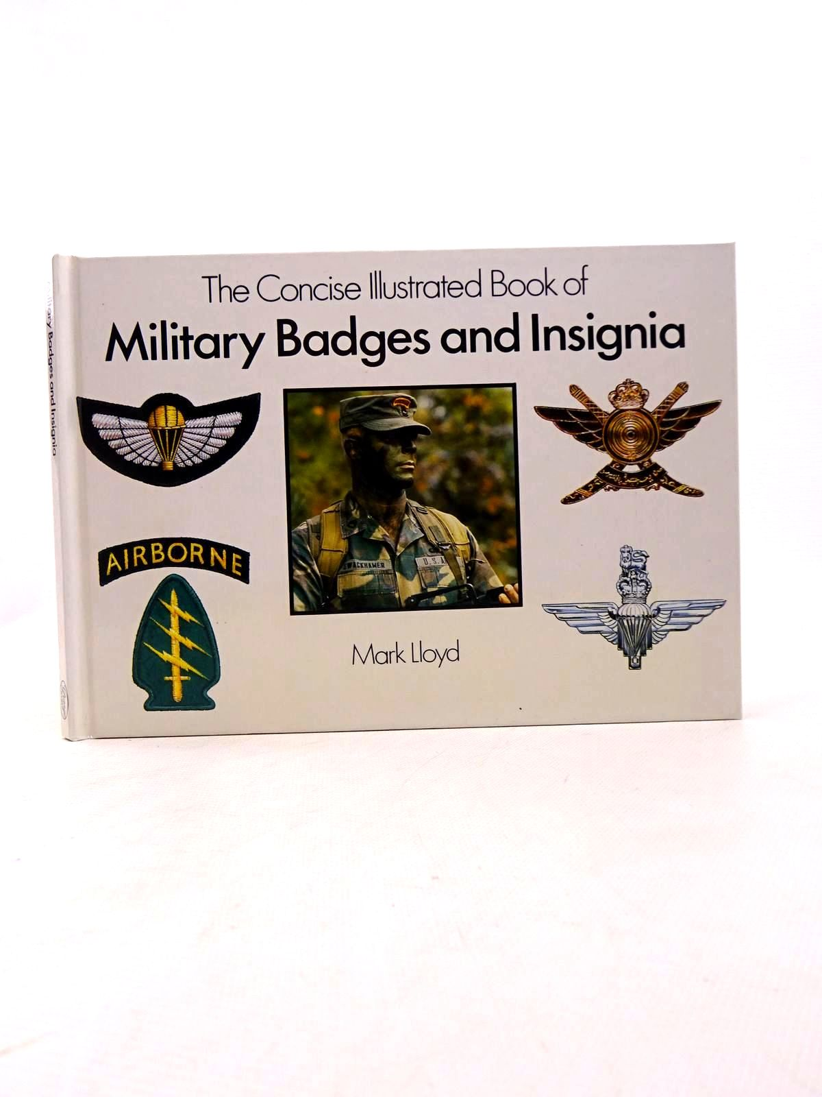 Photo of THE CONCISE ILLUSTRATED BOOK OF MILITARY BADGES AND INSIGNIA written by Lloyd, Mark published by Grange Books (STOCK CODE: 1817191)  for sale by Stella & Rose's Books