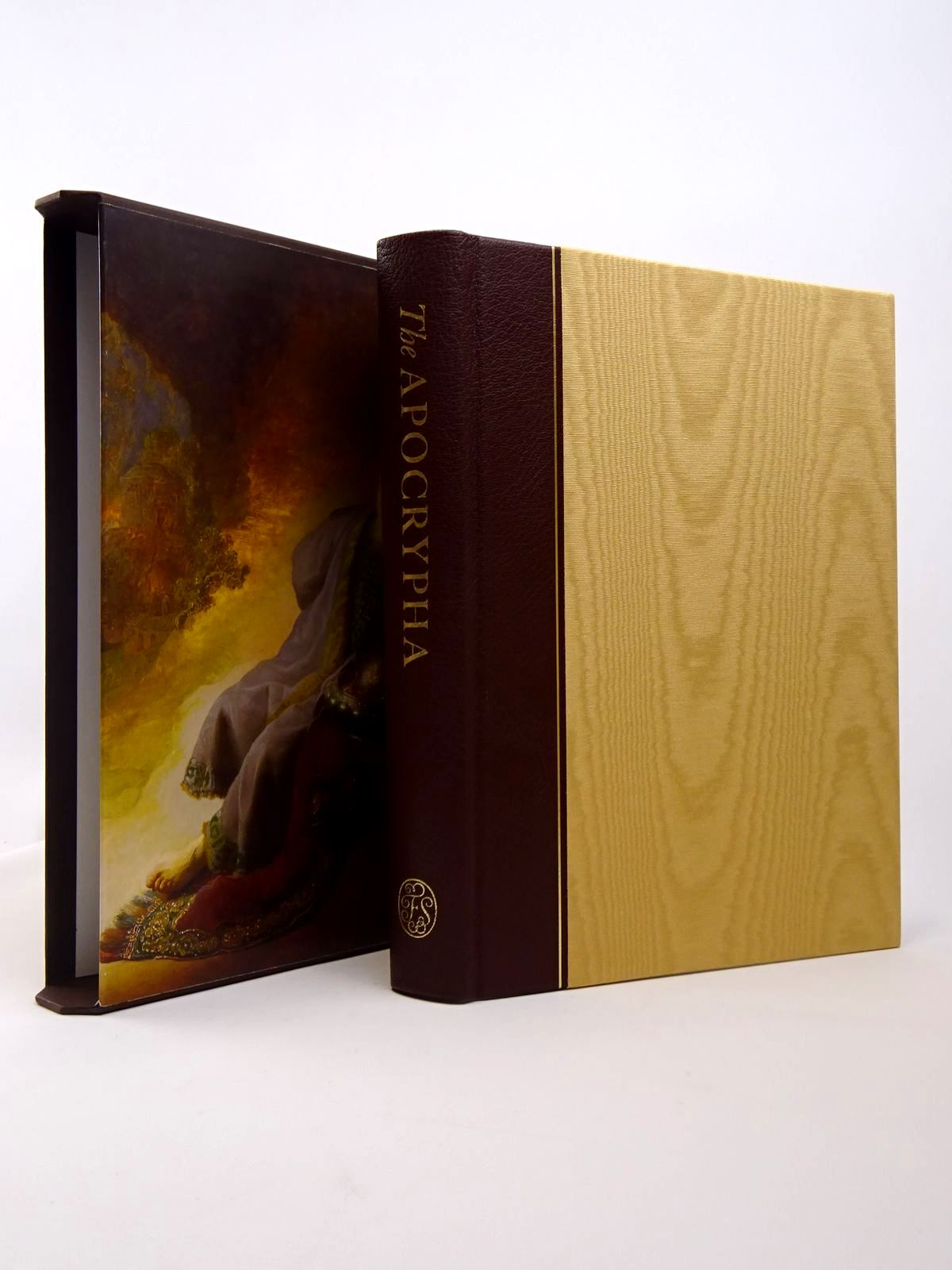 Photo of THE APOCRYPHA written by Daniell, David published by Folio Society (STOCK CODE: 1817362)  for sale by Stella & Rose's Books