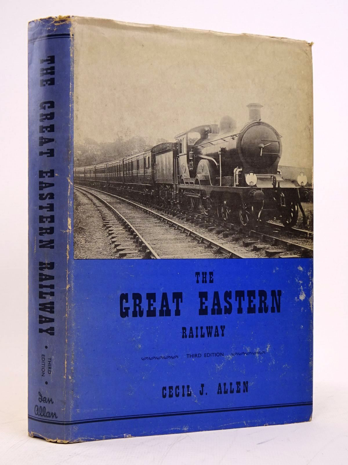 Photo of THE GREAT EASTERN RAILWAY written by Allen, Cecil J. published by Ian Allan (STOCK CODE: 1817793)  for sale by Stella & Rose's Books