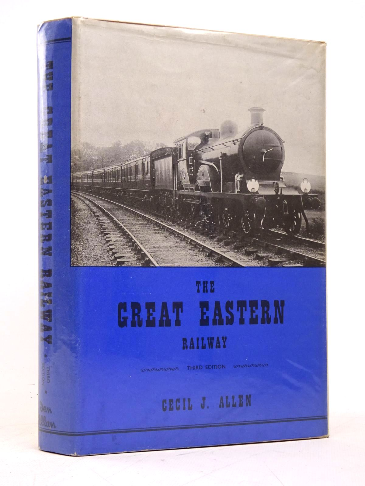 Photo of THE GREAT EASTERN RAILWAY written by Allen, Cecil J. published by Ian Allan (STOCK CODE: 1818004)  for sale by Stella & Rose's Books