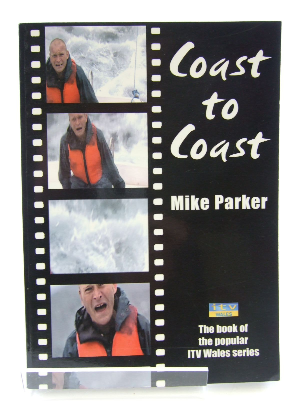 Photo of COAST TO COAST written by Parker, Mike published by Gwasg Carreg Gwalch (STOCK CODE: 2107611)  for sale by Stella & Rose's Books