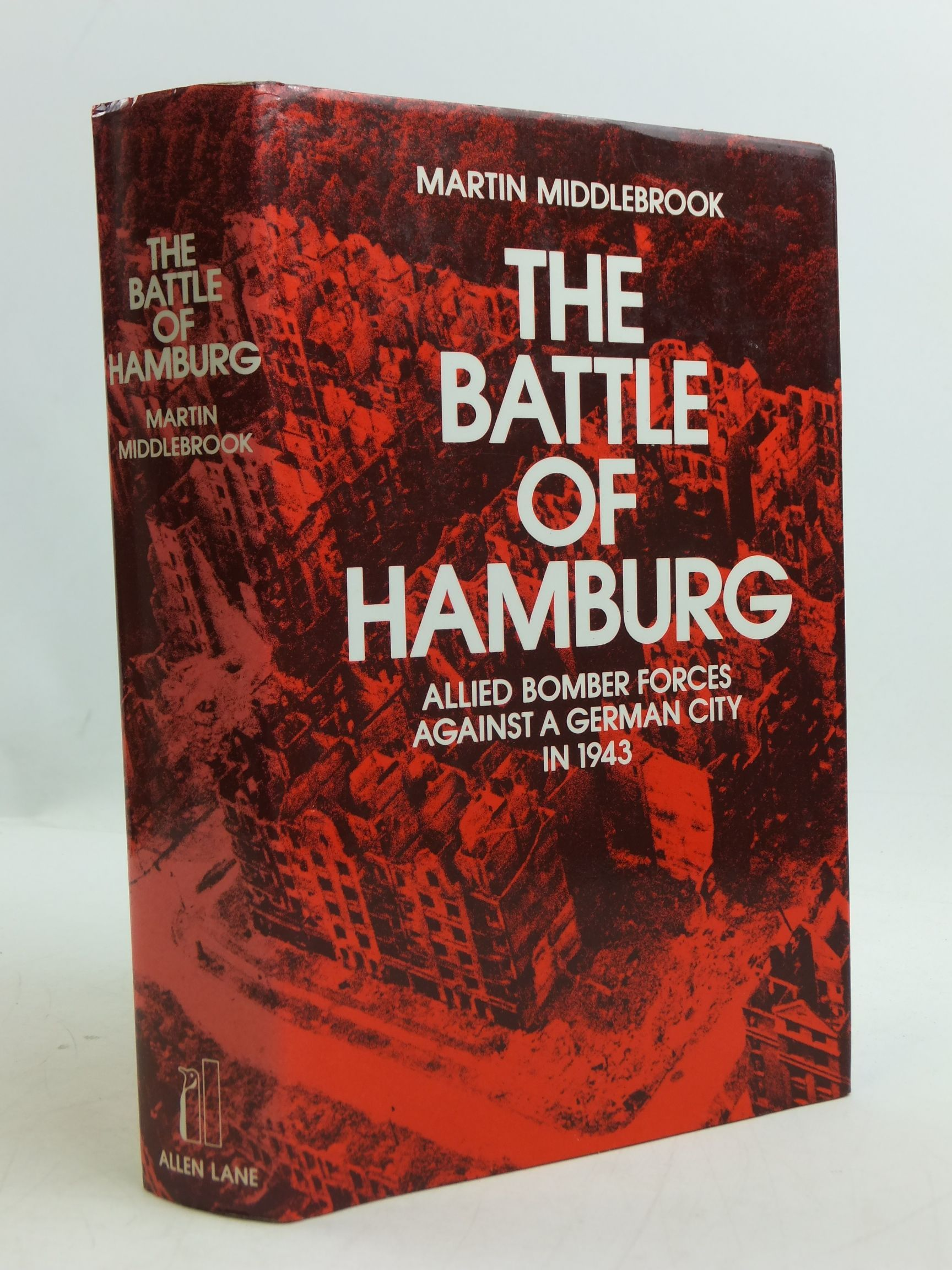 Photo of THE BATTLE OF HAMBURG written by Middlebrook, Martin published by Allen Lane (STOCK CODE: 2110789)  for sale by Stella & Rose's Books