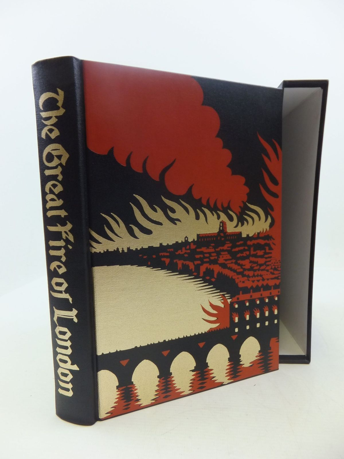 Photo of THE GREAT FIRE OF LONDON IN 1666 written by Bell, Walter George published by Folio Society (STOCK CODE: 2111767)  for sale by Stella & Rose's Books