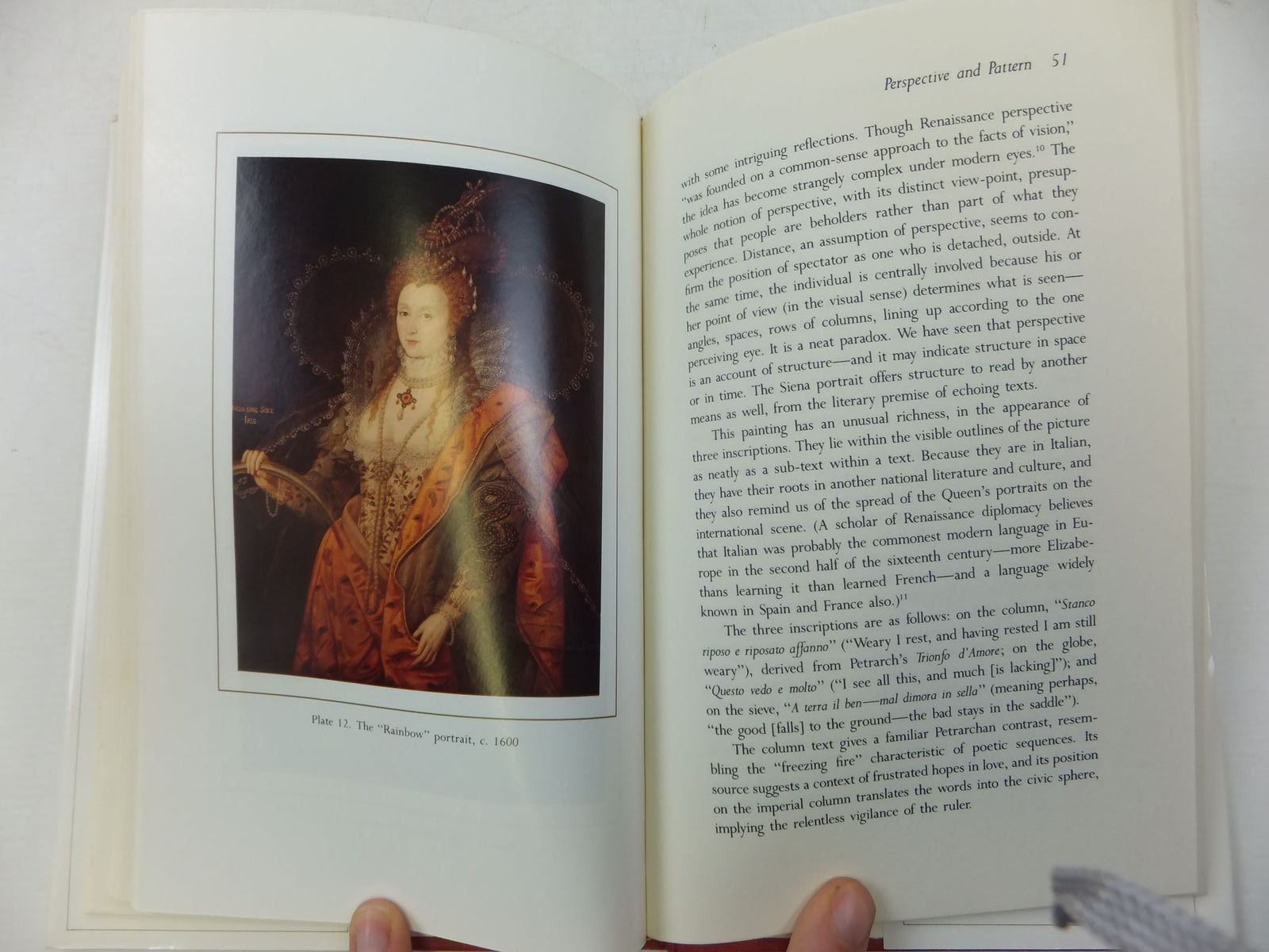 Photo of READING THE PORTRAITS OF QUEEN ELIZABETH I written by Pomeroy, Elizabeth W. published by Archon Books, The Shoe String Press (STOCK CODE: 2111887)  for sale by Stella & Rose's Books