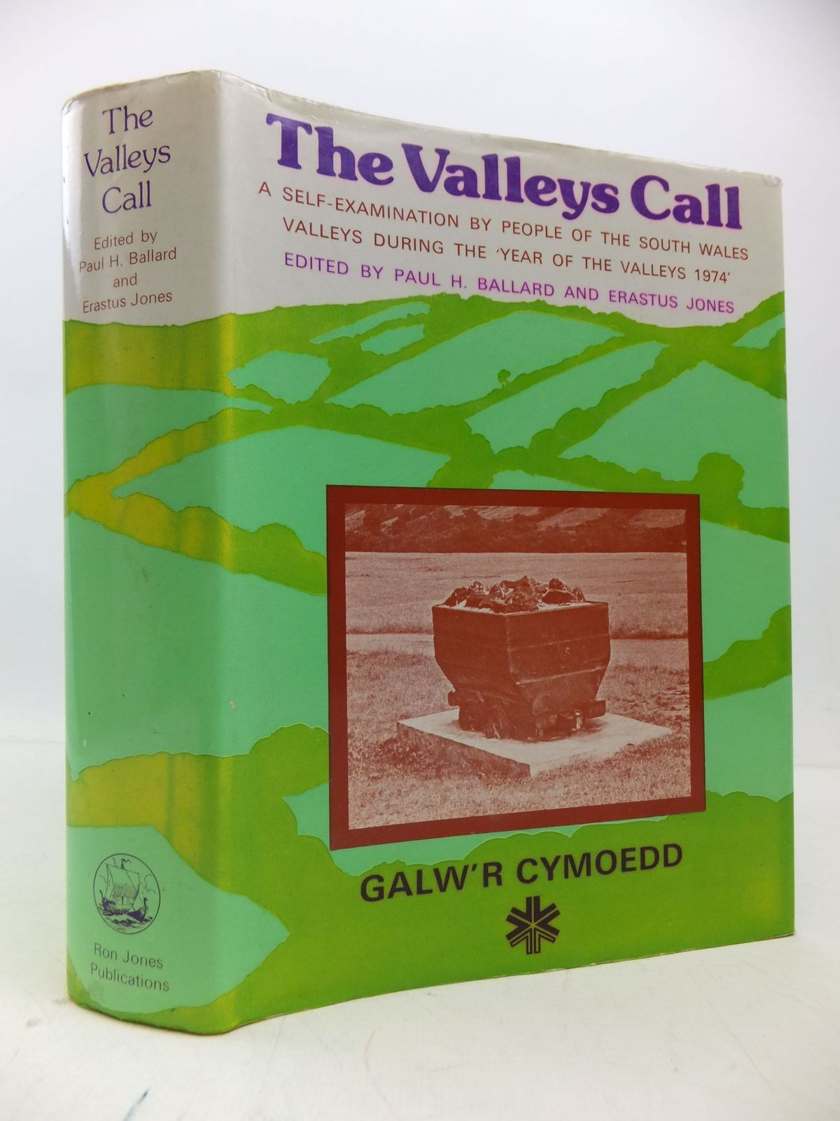 Photo of THE VALLEYS CALL written by Ballard, Paul H.<br />Jones, Erastus published by Ron Jones Publications (STOCK CODE: 2112116)  for sale by Stella & Rose's Books