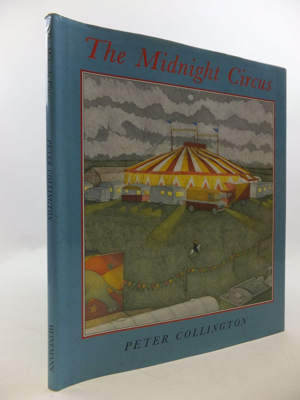 Photo of THE MIDNIGHT CIRCUS written by Collington, Peter illustrated by Collington, Peter published by Heinemann (STOCK CODE: 2112595)  for sale by Stella & Rose's Books