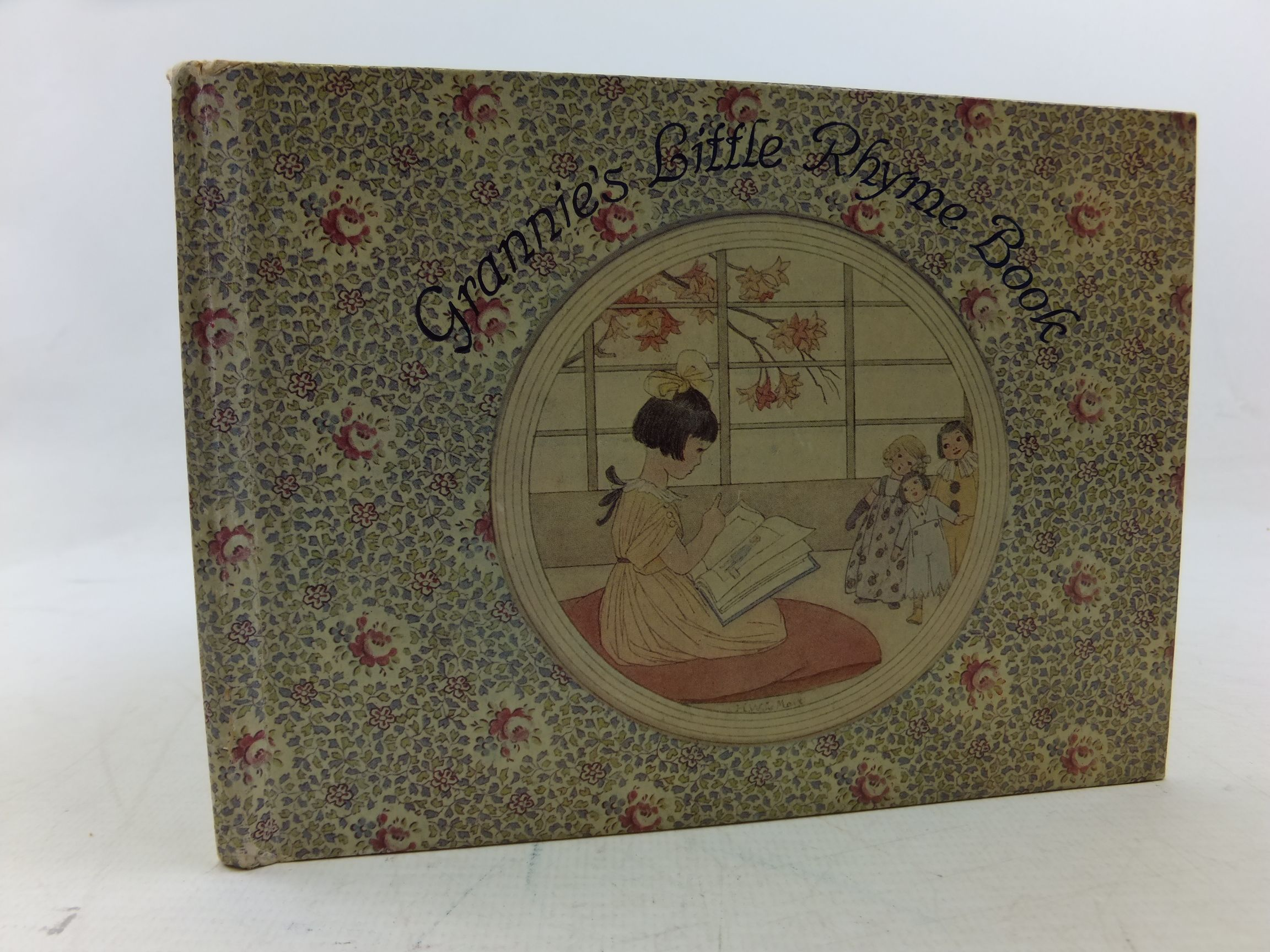 Photo of GRANNIE'S LITTLE RHYME BOOK illustrated by Willebeek Le Mair, Henriette published by Augener Ltd. (STOCK CODE: 2113318)  for sale by Stella & Rose's Books
