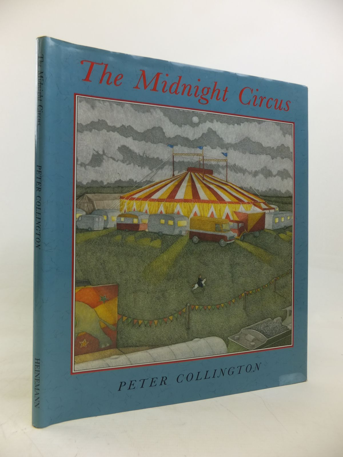 Photo of THE MIDNIGHT CIRCUS written by Collington, Peter illustrated by Collington, Peter published by Heinemann (STOCK CODE: 2115795)  for sale by Stella & Rose's Books
