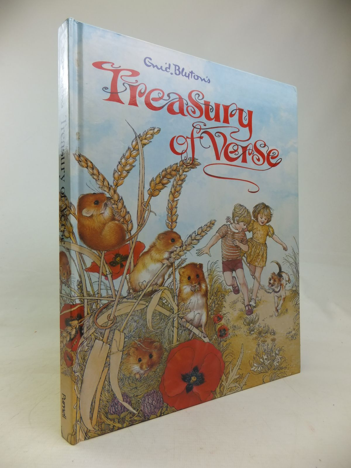 Photo of ENID BLYTON'S TREASURY OF VERSE written by Blyton, Enid published by Purnell, Macdonald & Co. (Publishers) Ltd. (STOCK CODE: 2116904)  for sale by Stella & Rose's Books