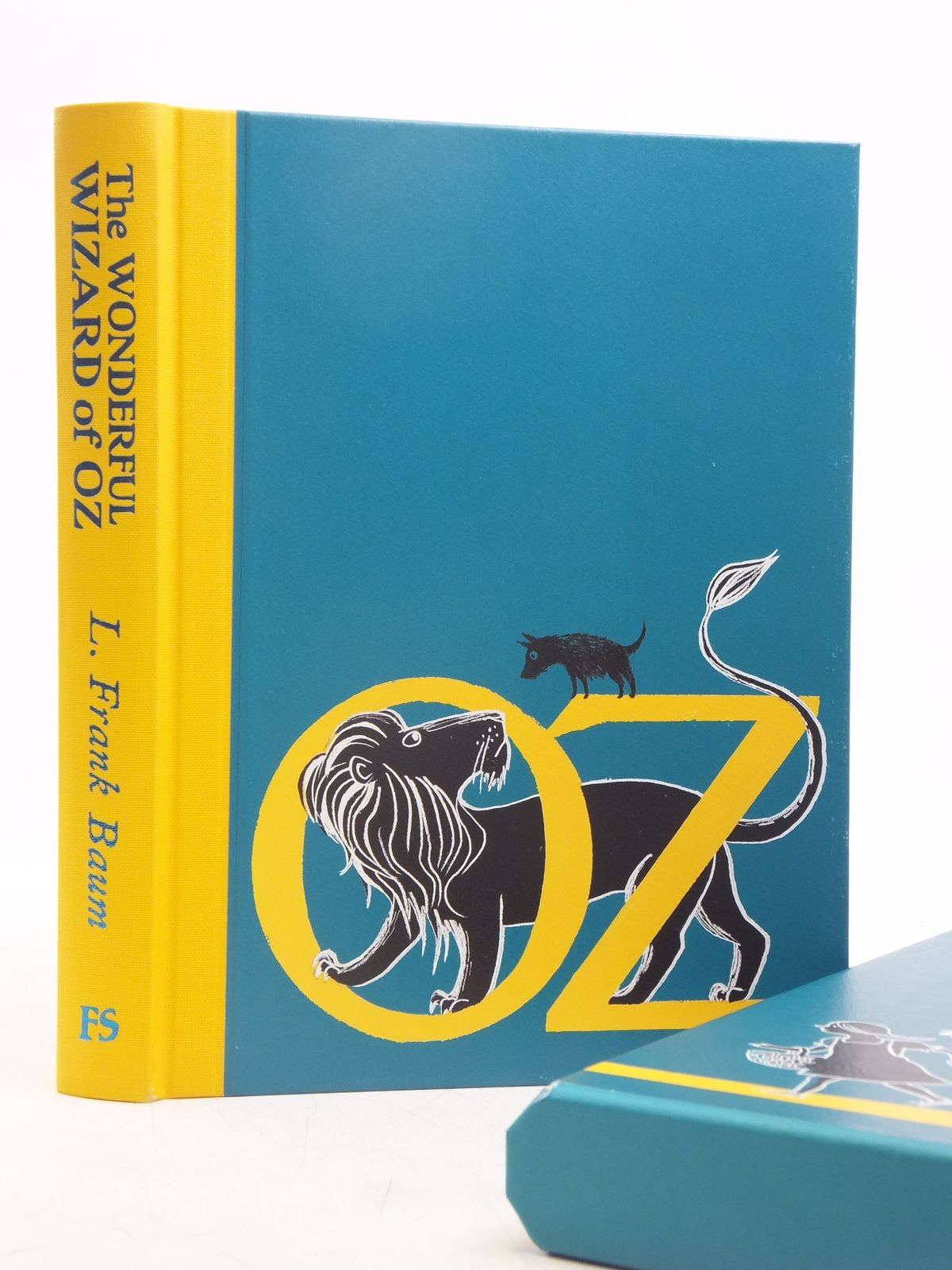 Photo of THE WONDERFUL WIZARD OF OZ written by Baum, L. Frank illustrated by Ogilvie, Sara published by Folio Society (STOCK CODE: 2119349)  for sale by Stella & Rose's Books