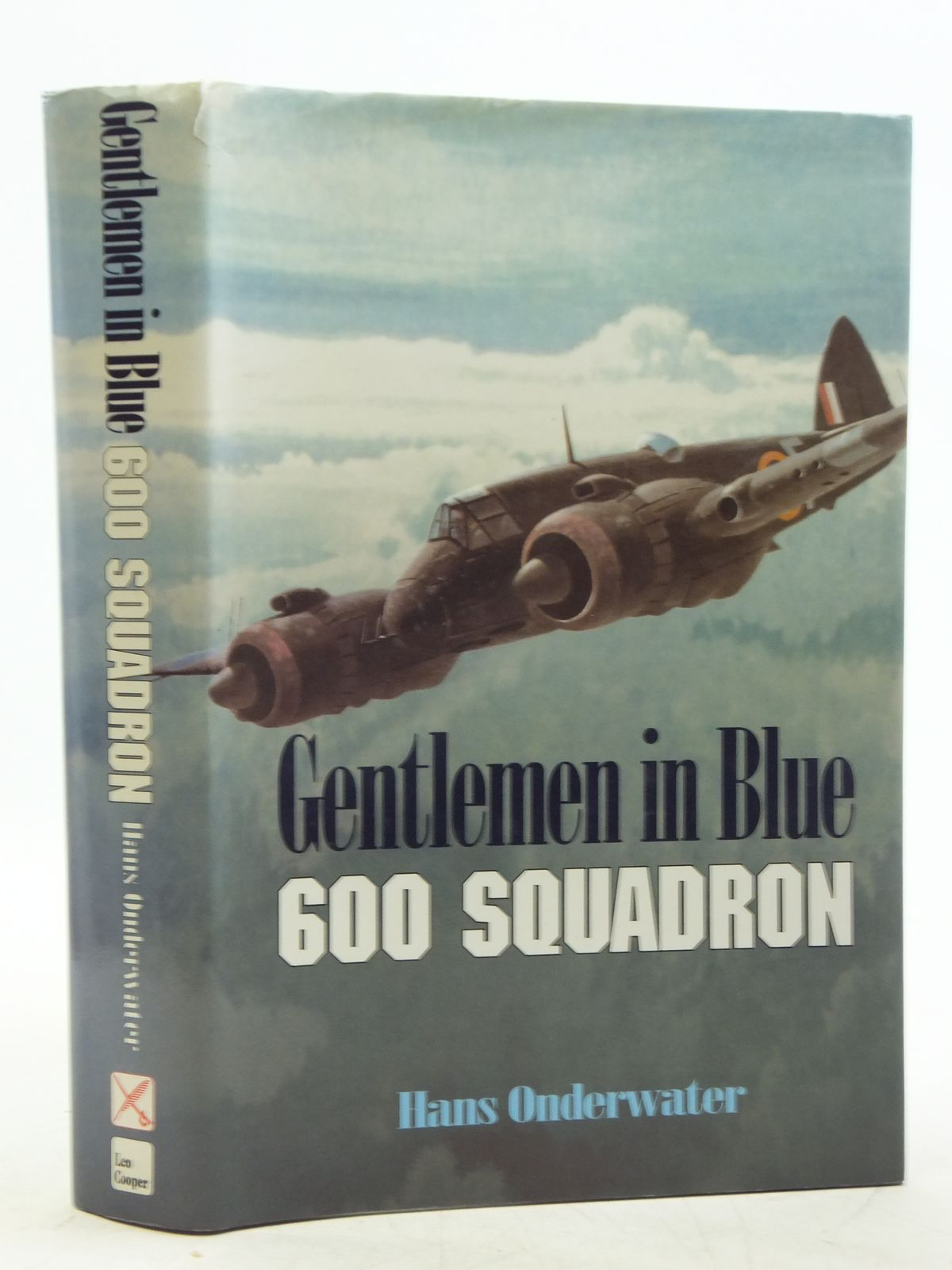Photo of GENTLEMEN IN BLUE written by Onderwater, Hans published by Leo Cooper (STOCK CODE: 2120153)  for sale by Stella & Rose's Books