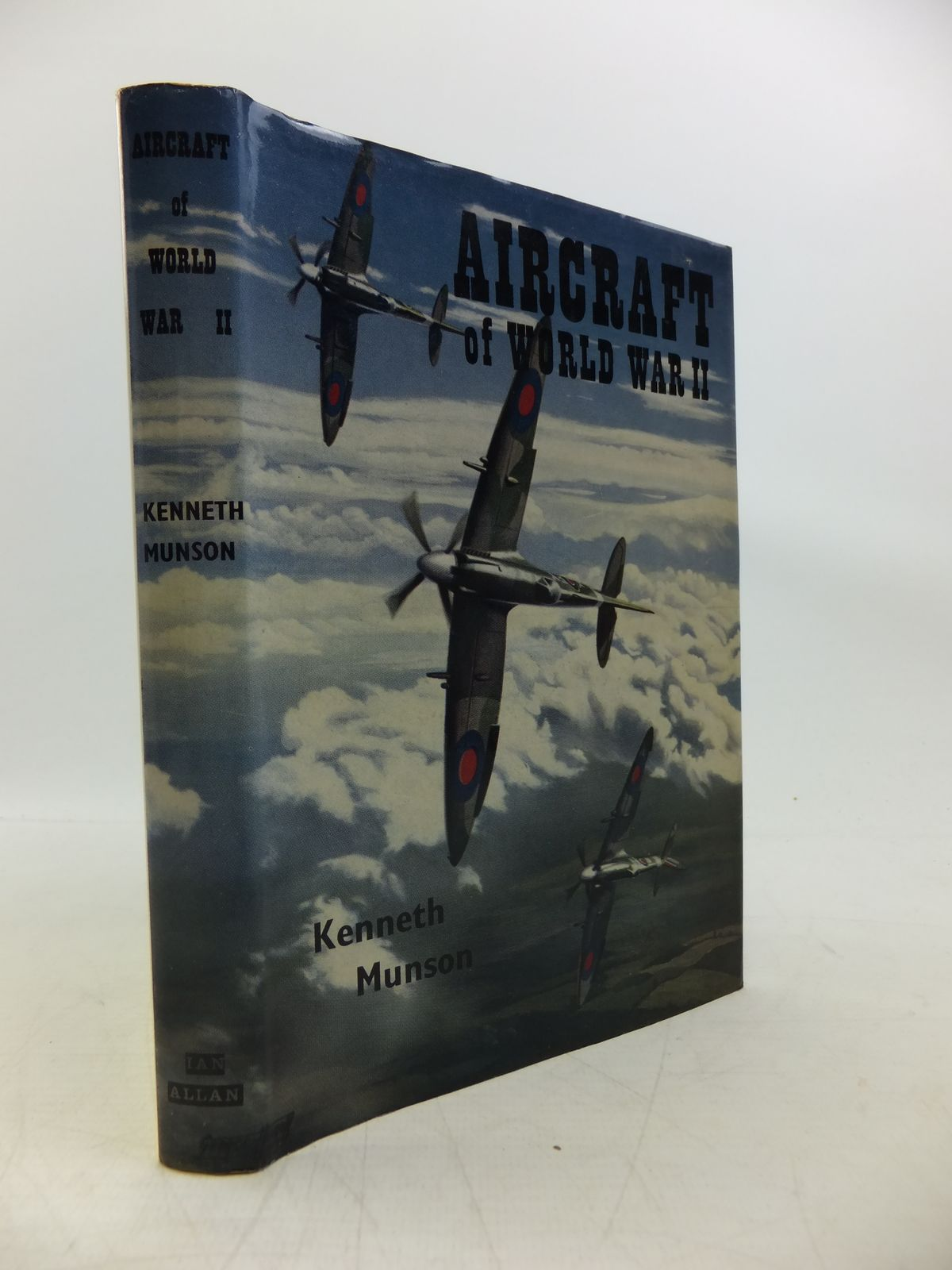 Photo of AIRCRAFT OF WORLD WAR TWO written by Munson, Kenneth published by Ian Allan Ltd. (STOCK CODE: 2120264)  for sale by Stella & Rose's Books