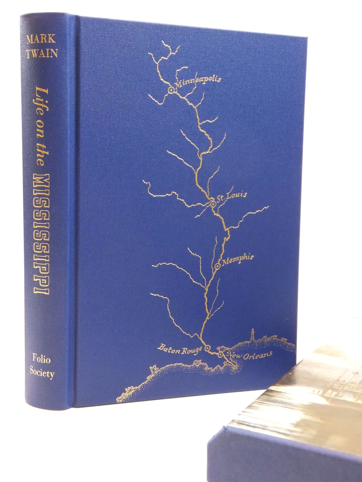 Photo of LIFE ON THE MISSISSIPPI written by Twain, Mark published by Folio Society (STOCK CODE: 2121915)  for sale by Stella & Rose's Books