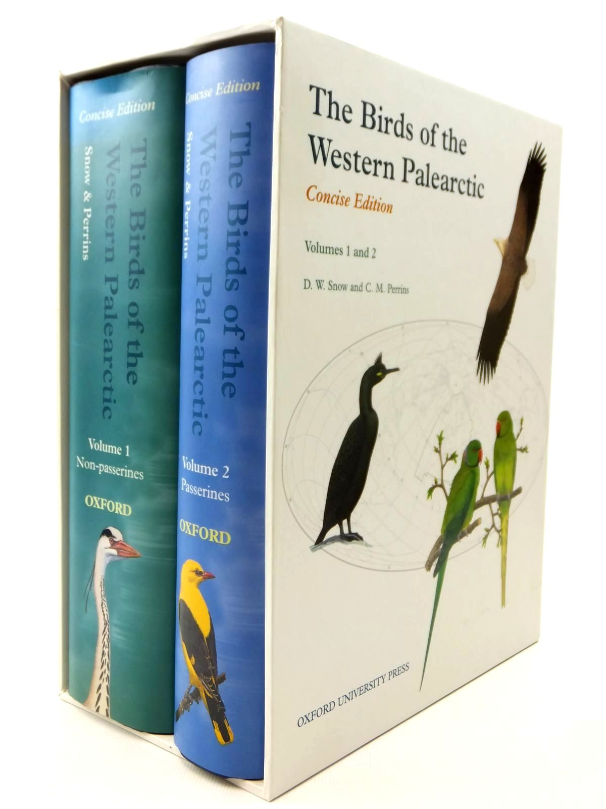 Photo of THE BIRDS OF THE WESTERN PALEARCTIC CONCISE EDITION VOLUMES 1 AND 2 written by Snow, D.W.<br />Perrins, Christopher M. published by Oxford University Press (STOCK CODE: 2122358)  for sale by Stella & Rose's Books