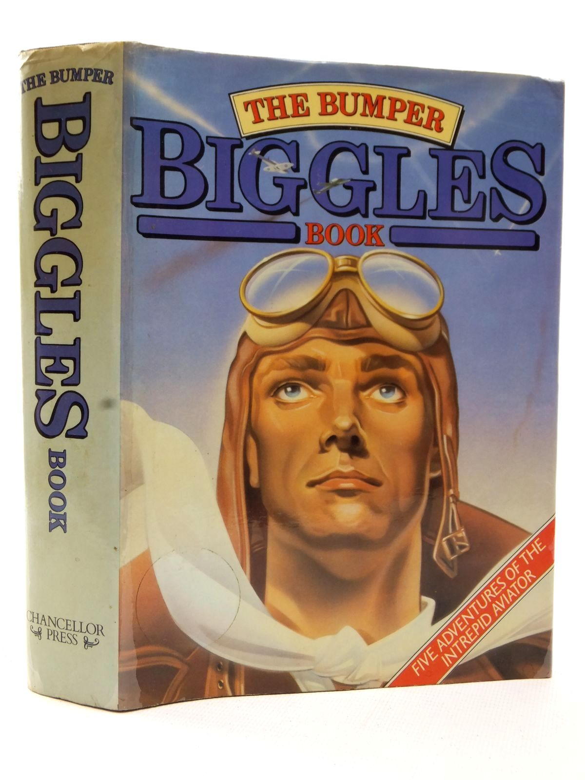 Photo of THE BUMPER BIGGLES BOOK written by Johns, W.E. published by Chancellor Press (STOCK CODE: 2123150)  for sale by Stella & Rose's Books