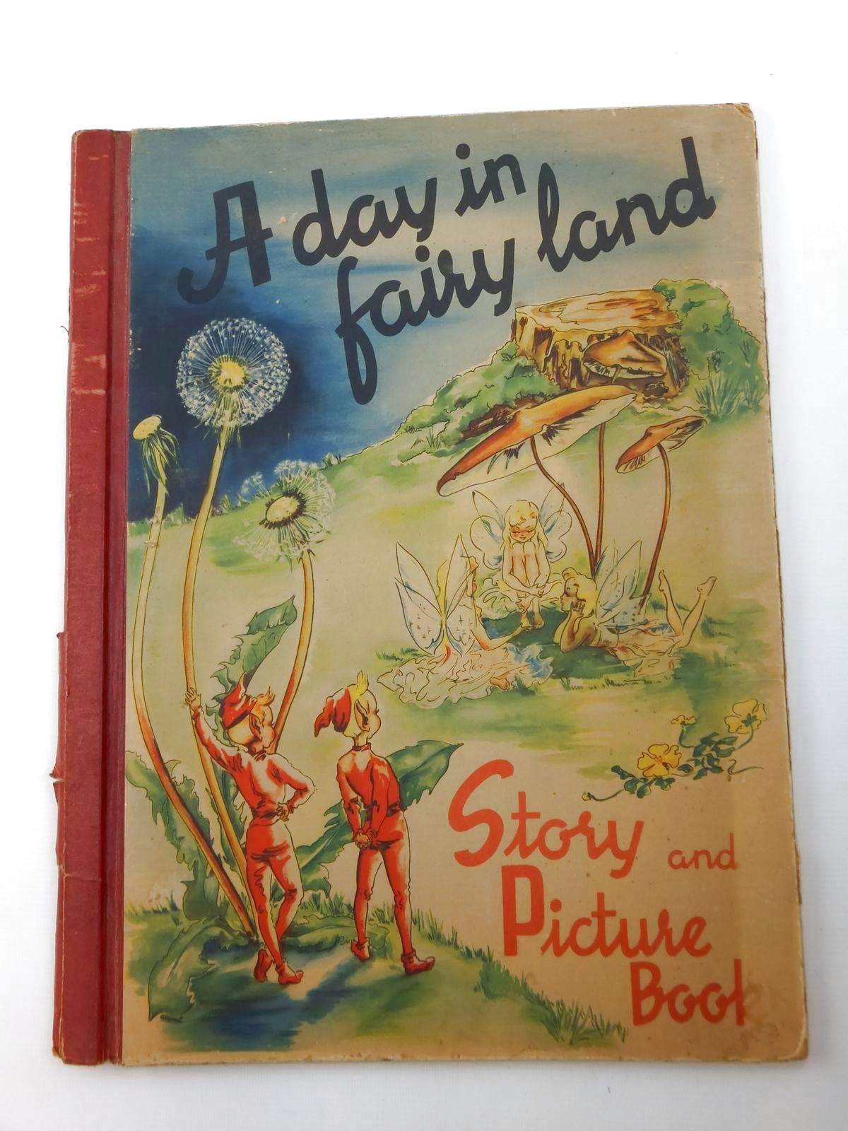 Photo of A DAY IN FAIRY LAND written by Rahmas, Sigrid illustrated by Seagren, Ana Mai published by Helsingborgs Litografiska (STOCK CODE: 2123414)  for sale by Stella & Rose's Books