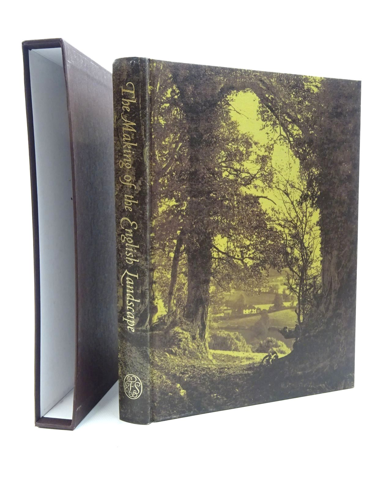 Photo of THE MAKING OF THE ENGLISH LANDSCAPE written by Hoskins, W.G. published by Folio Society (STOCK CODE: 2124473)  for sale by Stella & Rose's Books