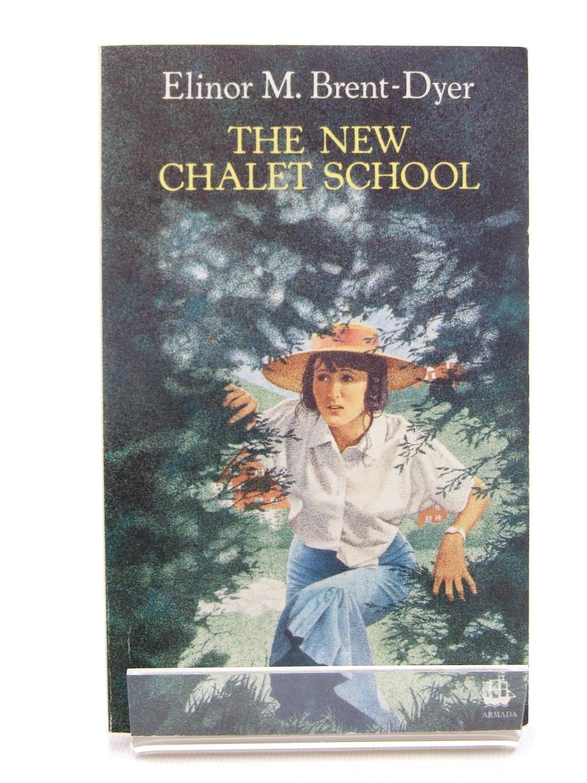 Photo of THE NEW CHALET SCHOOL written by Brent-Dyer, Elinor M. published by Armada (STOCK CODE: 2124870)  for sale by Stella & Rose's Books