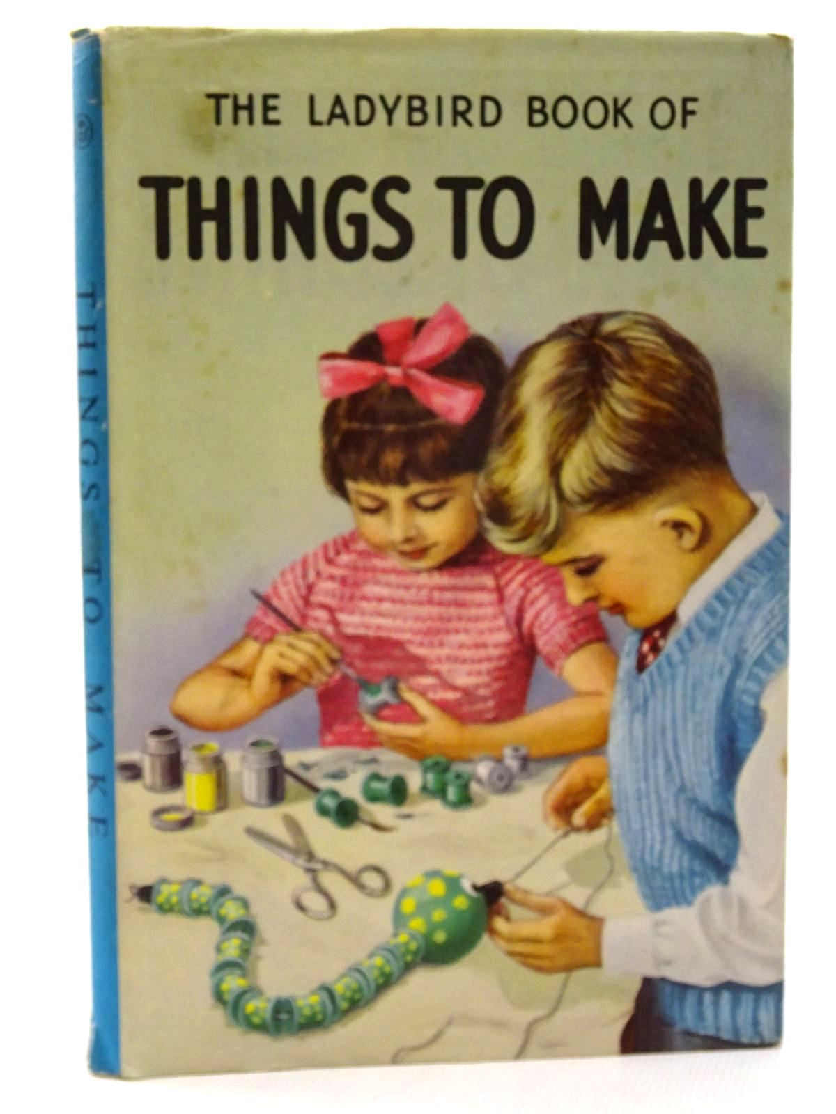 Photo of THE LADYBIRD BOOK OF THINGS TO MAKE written by Richey, Mia F. illustrated by Robinson, G. published by Wills & Hepworth Ltd. (STOCK CODE: 2125044)  for sale by Stella & Rose's Books