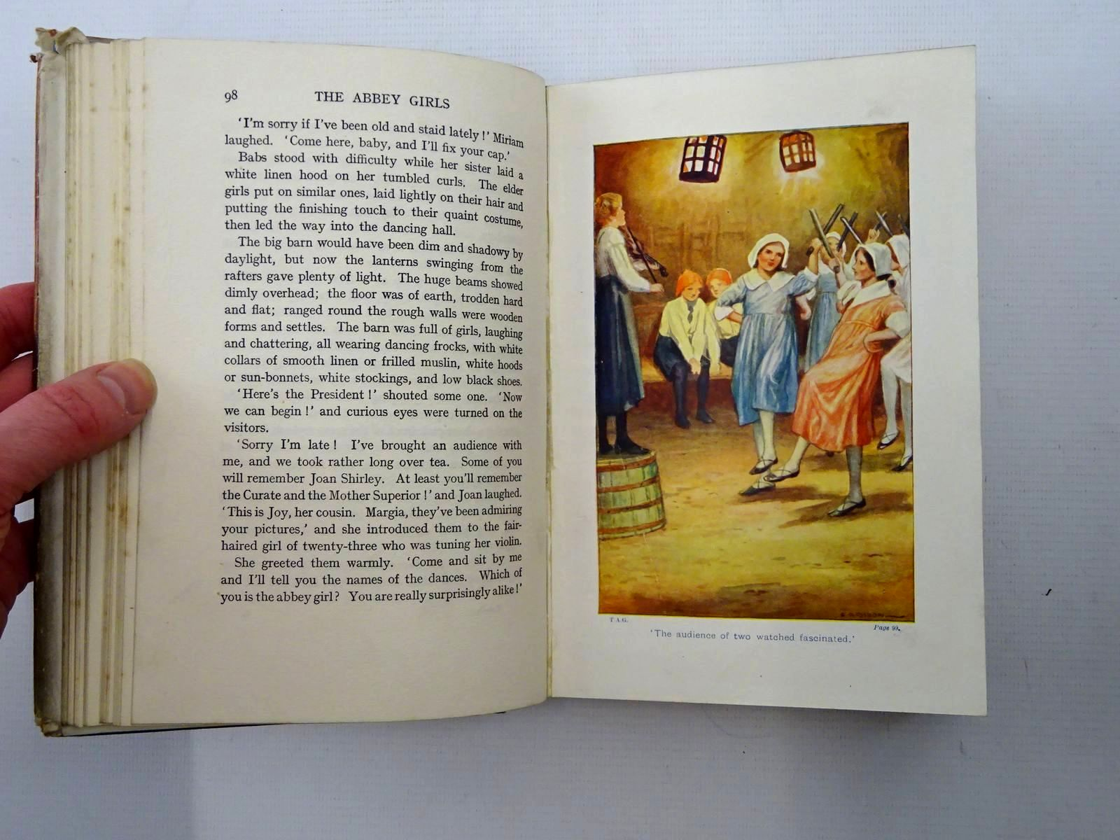 Photo of THE ABBEY GIRLS written by Oxenham, Elsie J. illustrated by Dixon, A.A. published by Collins Clear-Type Press (STOCK CODE: 2125312)  for sale by Stella & Rose's Books