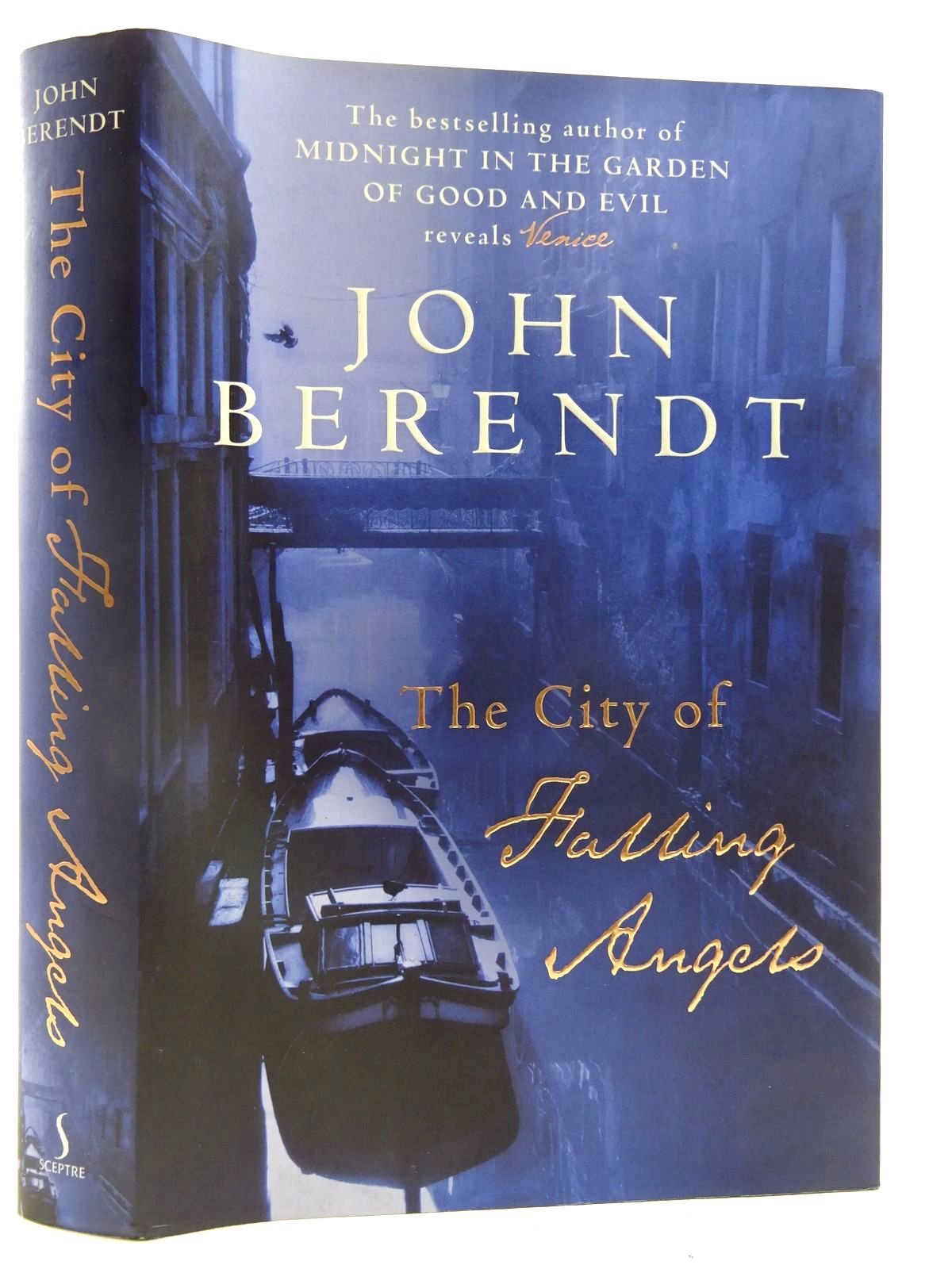 Photo of THE CITY OF FALLING ANGELS written by Berendt, John published by Sceptre (STOCK CODE: 2128091)  for sale by Stella & Rose's Books
