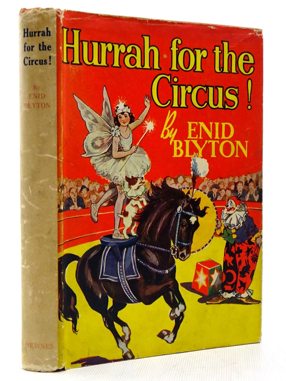 Photo of HURRAH FOR THE CIRCUS! written by Blyton, Enid illustrated by Davie, E.H. published by George Newnes Limited (STOCK CODE: 2128992)  for sale by Stella & Rose's Books