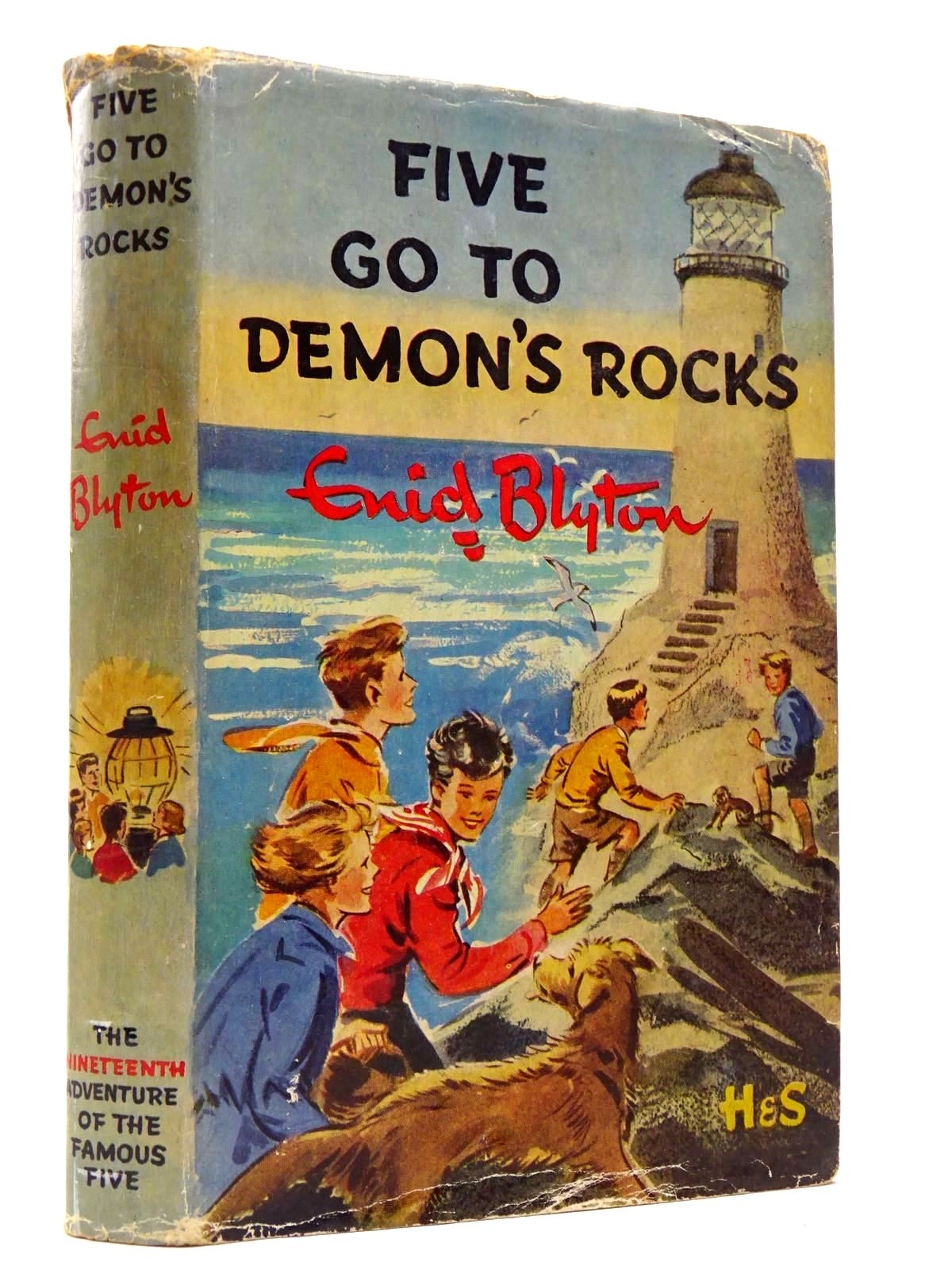 Photo of FIVE GO TO DEMON'S ROCKS written by Blyton, Enid illustrated by Soper, Eileen published by Hodder & Stoughton (STOCK CODE: 2129434)  for sale by Stella & Rose's Books