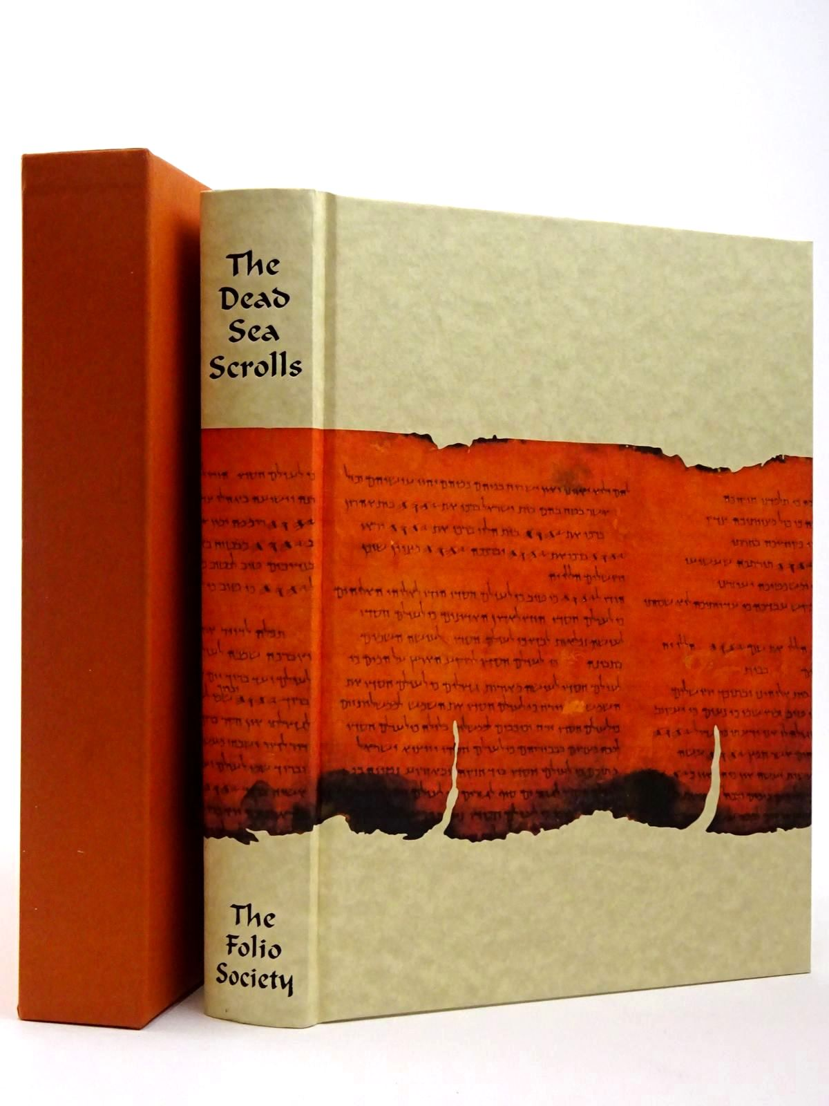 Photo of THE DEAD SEA SCROLLS written by Vermes, Geza published by Folio Society (STOCK CODE: 2129577)  for sale by Stella & Rose's Books