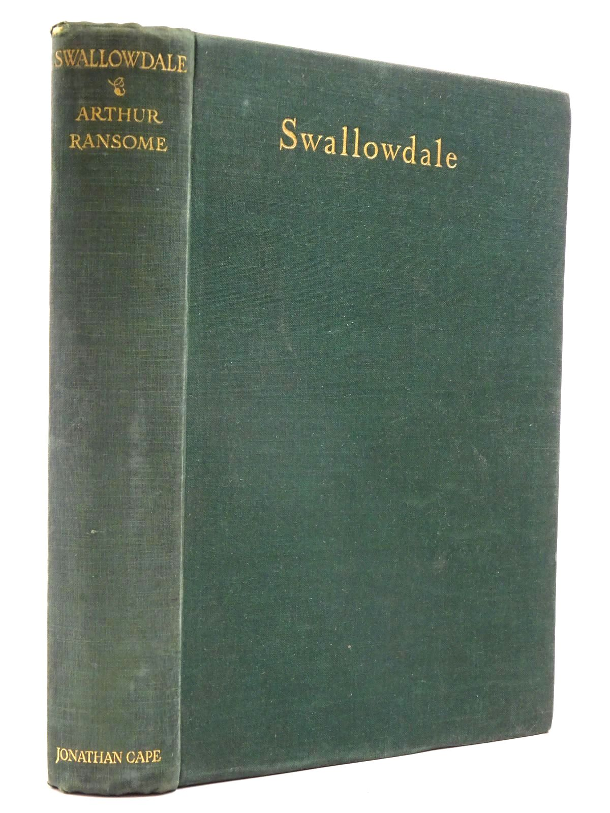 Photo of SWALLOWDALE written by Ransome, Arthur illustrated by Webb, Clifford published by Jonathan Cape (STOCK CODE: 2130260)  for sale by Stella & Rose's Books