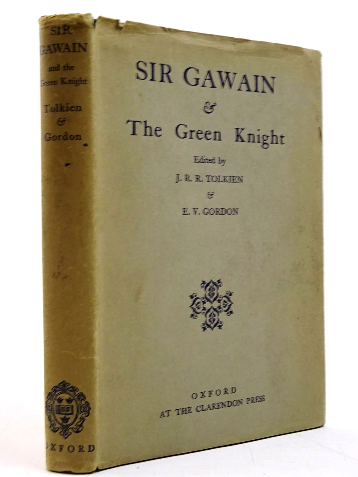 Photo of SIR GAWAIN AND THE GREEN KNIGHT written by Tolkien, J.R.R.<br />Gordon, E.V. published by Oxford University Press, Oxford at the Clarendon Press (STOCK CODE: 2130815)  for sale by Stella & Rose's Books