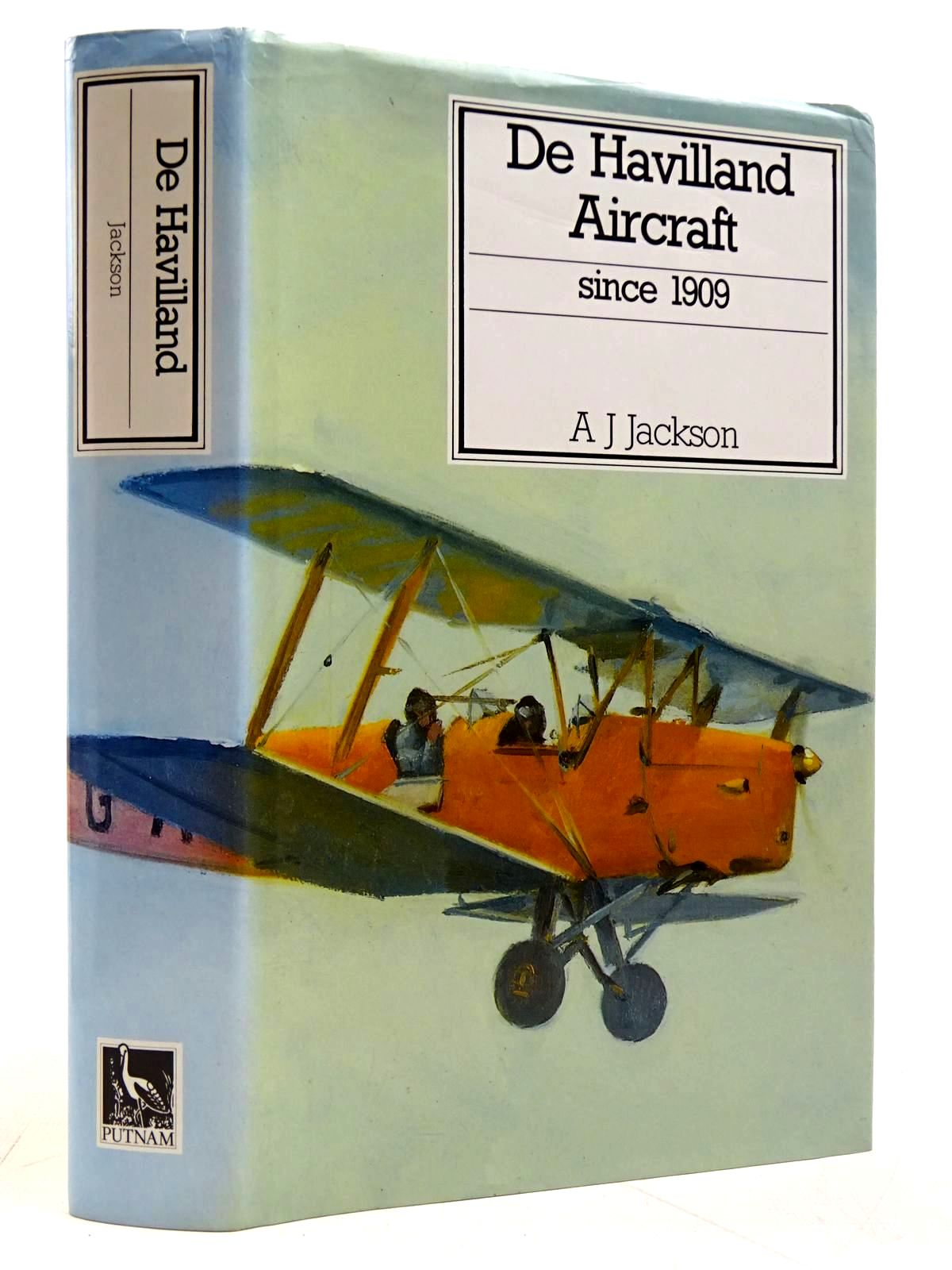 Photo of DE HAVILLAND AIRCRAFT SINCE 1909 written by Jackson, A.J. published by Putnam (STOCK CODE: 2131586)  for sale by Stella & Rose's Books
