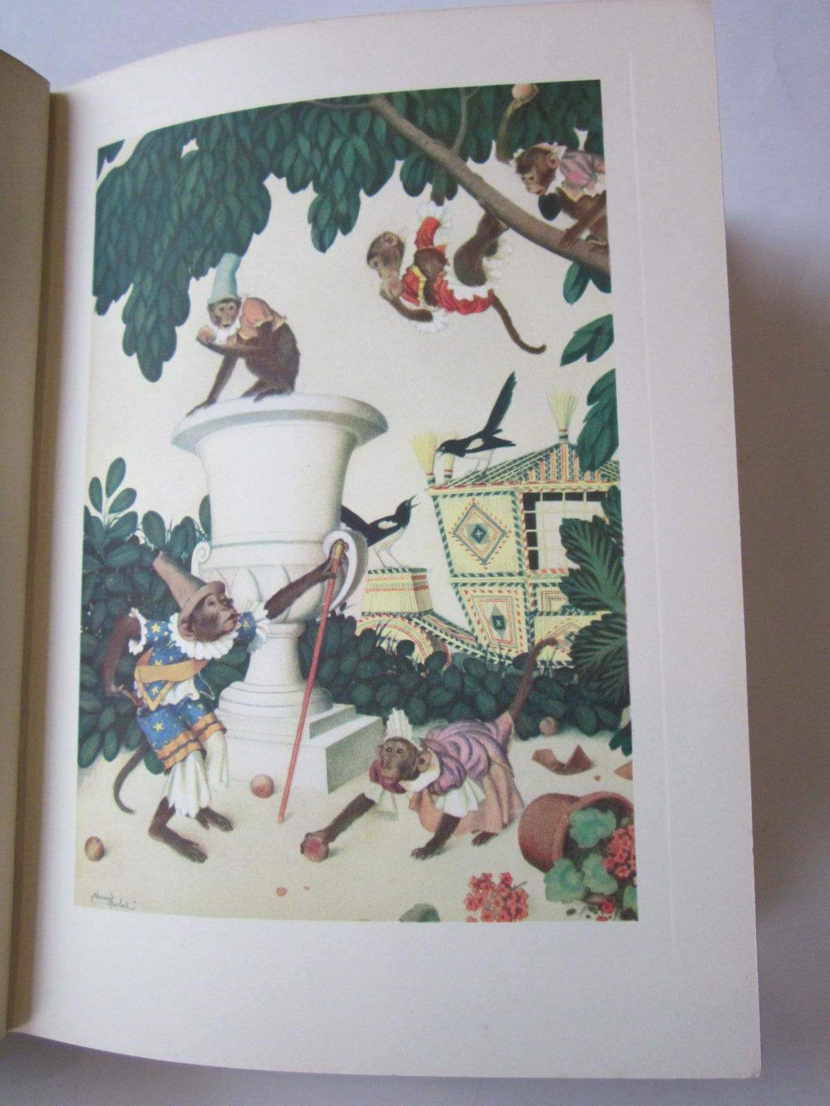 Photo of A FAIRY GARLAND written by Perrault, Charles<br />D'Aulnoy, Madame<br />et al, illustrated by Dulac, Edmund published by Cassell & Company Ltd (STOCK CODE: 383507)  for sale by Stella & Rose's Books