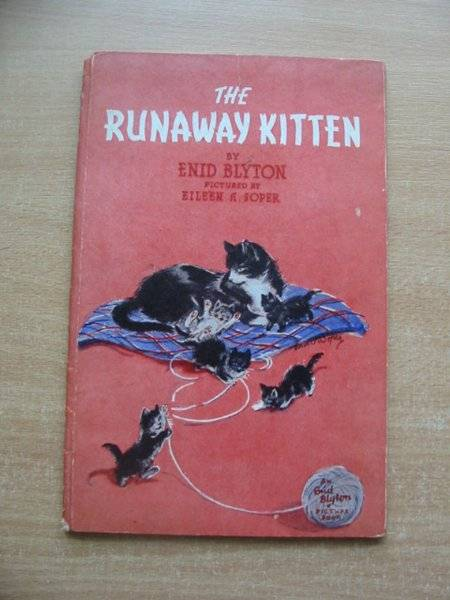 Photo of THE RUNAWAY KITTEN written by Blyton, Enid illustrated by Soper, Eileen published by The Brockhampton Press Ltd. (STOCK CODE: 584369)  for sale by Stella & Rose's Books