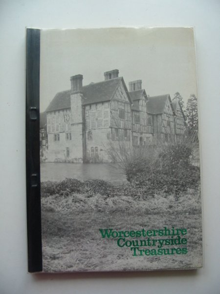 Photo of WORCESTERSHIRE COUNTRYSIDE TREASURES written by Wood, A.A. published by Worcestershire County Council (STOCK CODE: 610412)  for sale by Stella & Rose's Books