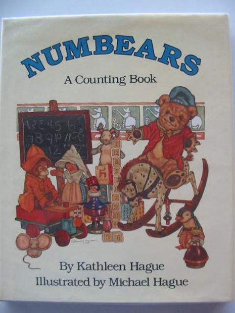 Photo of NUMBEARS - A COUNTING BOOK written by Hague, Kathleen illustrated by Hague, Michael published by Methuen Children's Books (STOCK CODE: 666617)  for sale by Stella & Rose's Books